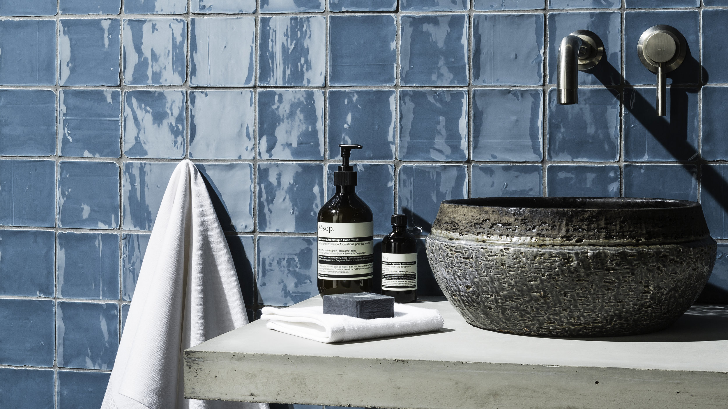 Country Rustic in Ocean Blue from Johnson Tiles' Minton Hollins Collection