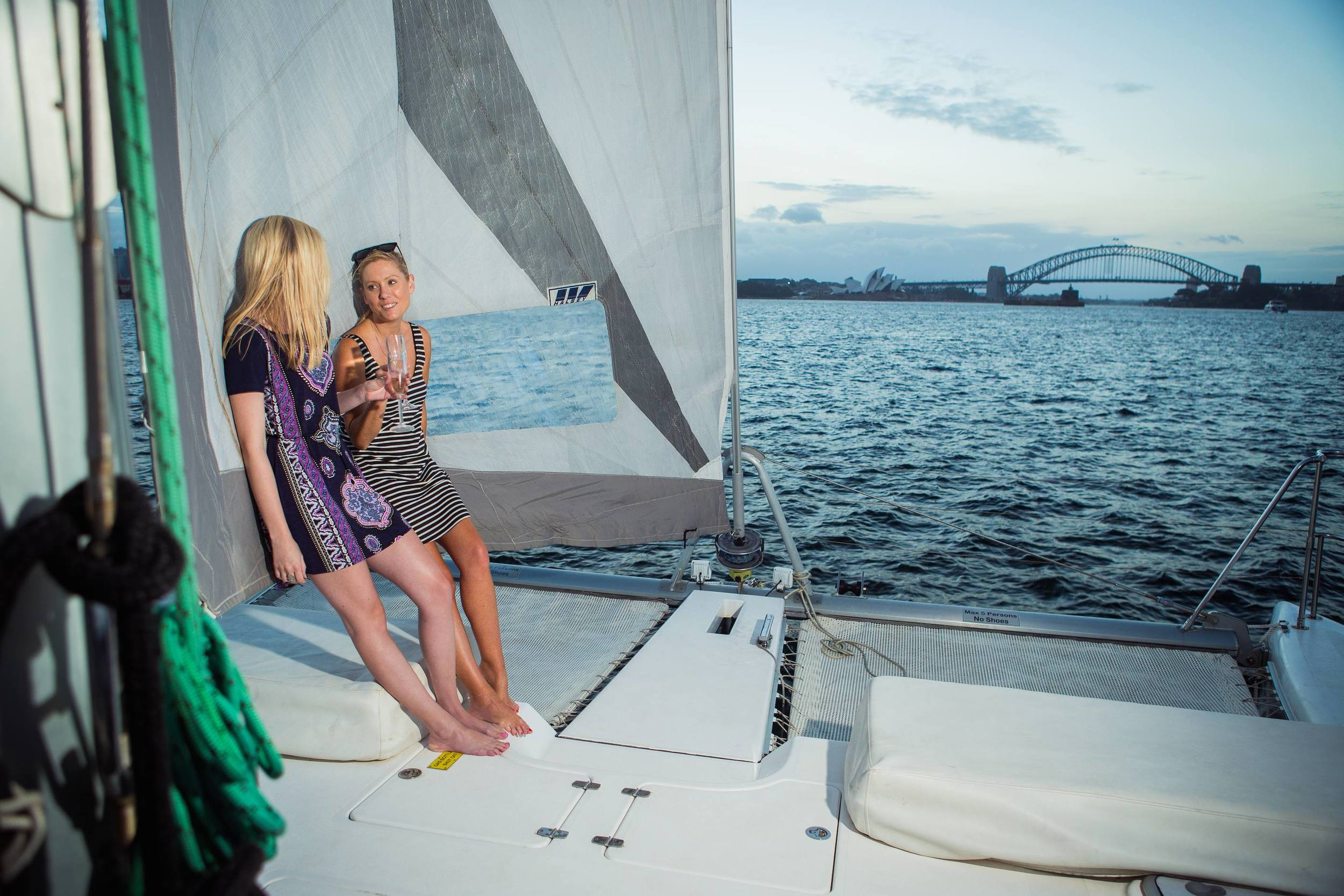 Barefoot Girls on Headsail Boat022.jpeg