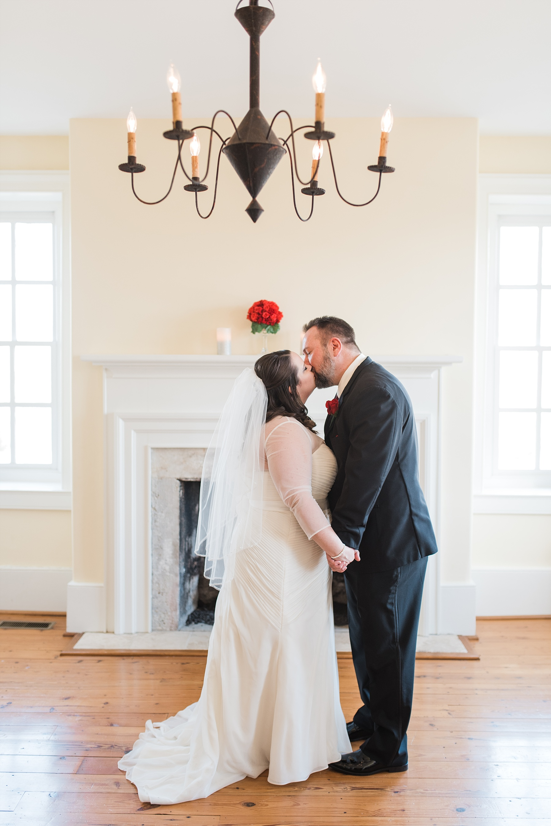 Midwest Winter Wedding At The Bolton Home_0162.jpg