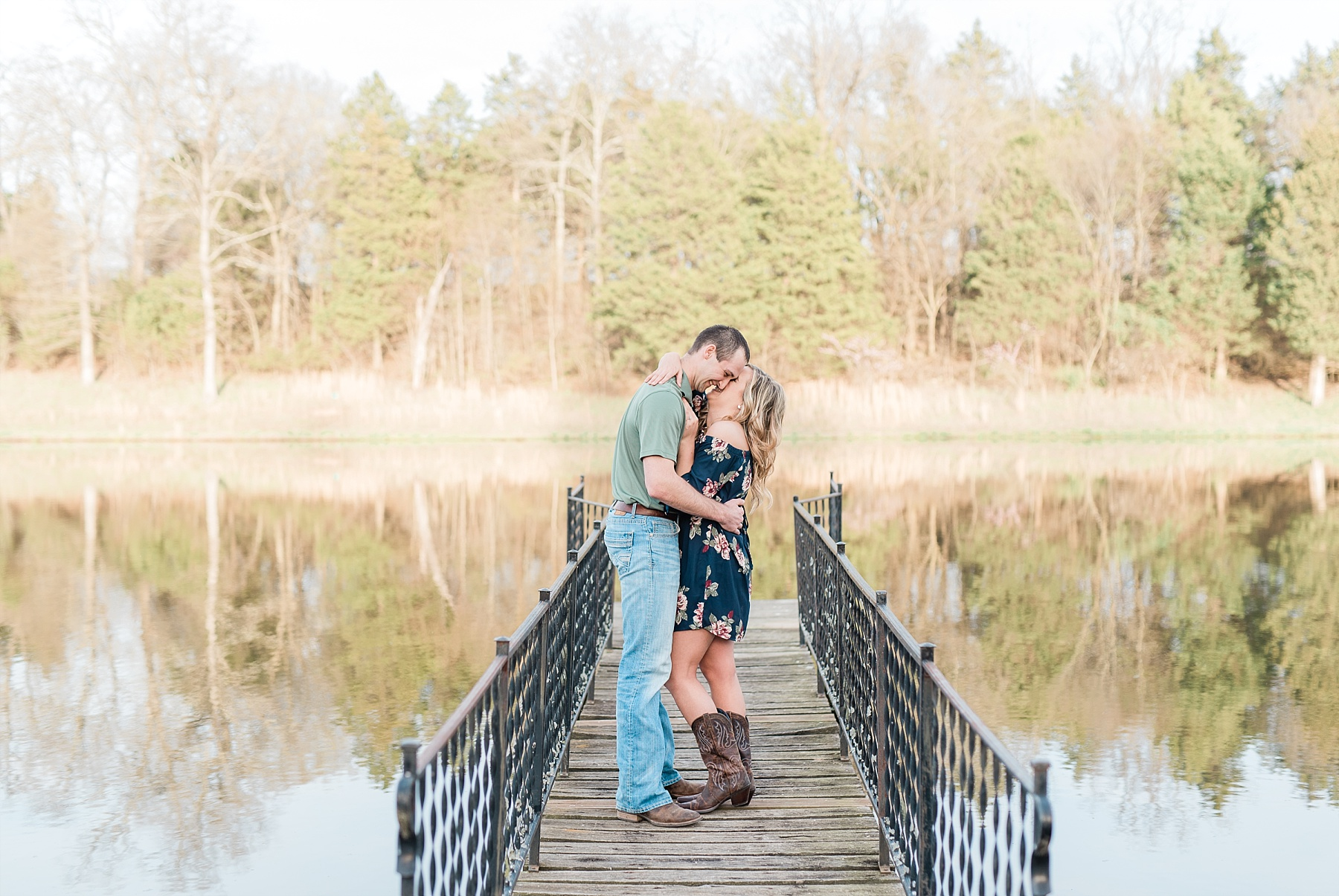 Spring Sunset Farm Engagement Session on Family Farm in Missouri Midwest by Kelsi Kliethermes Photography_0003.jpg