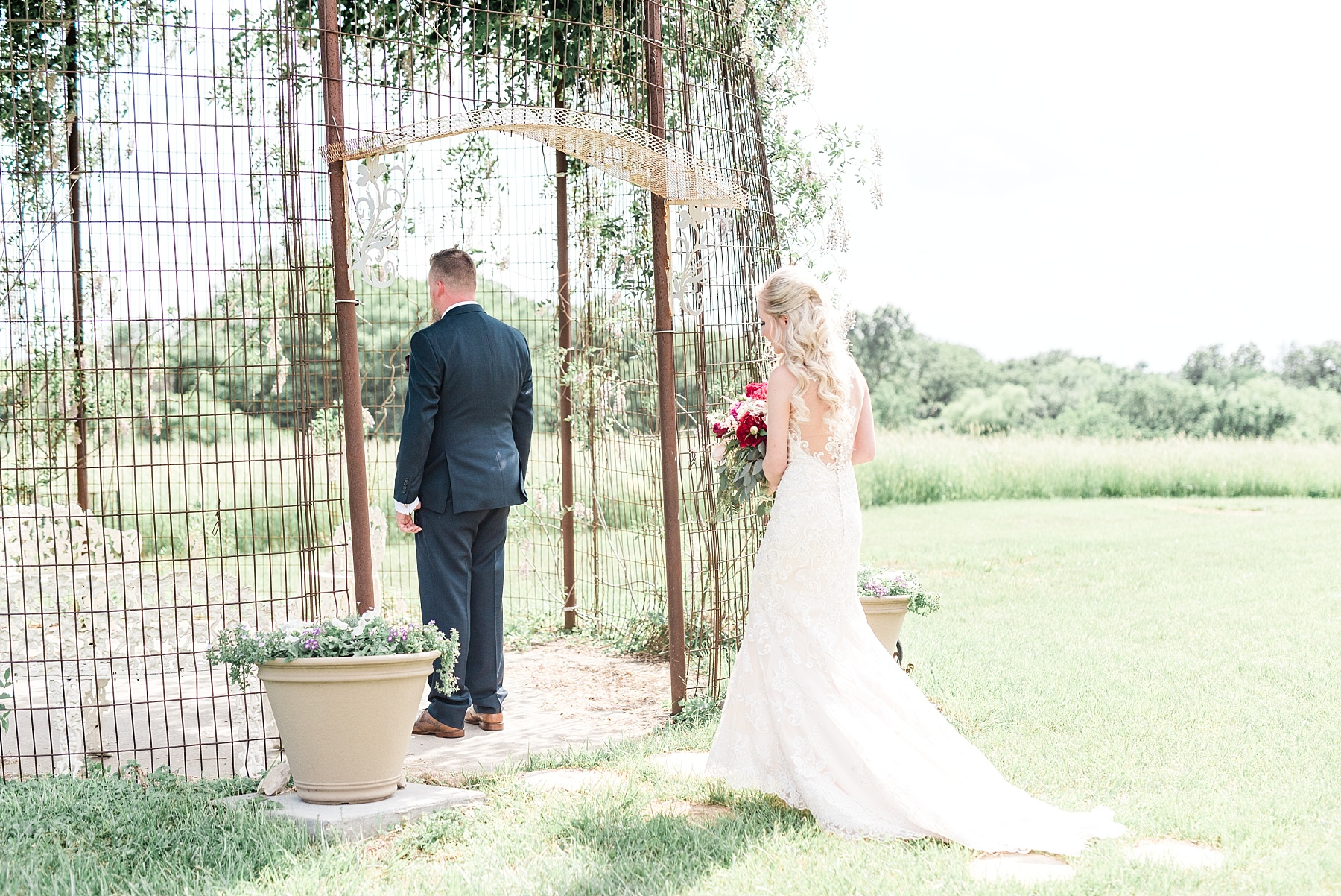 Light and Airy Spring Shabby Chic Wedding at Bessie's Barn Iowa by Kelsi Kliethermes Photography_0012.jpg