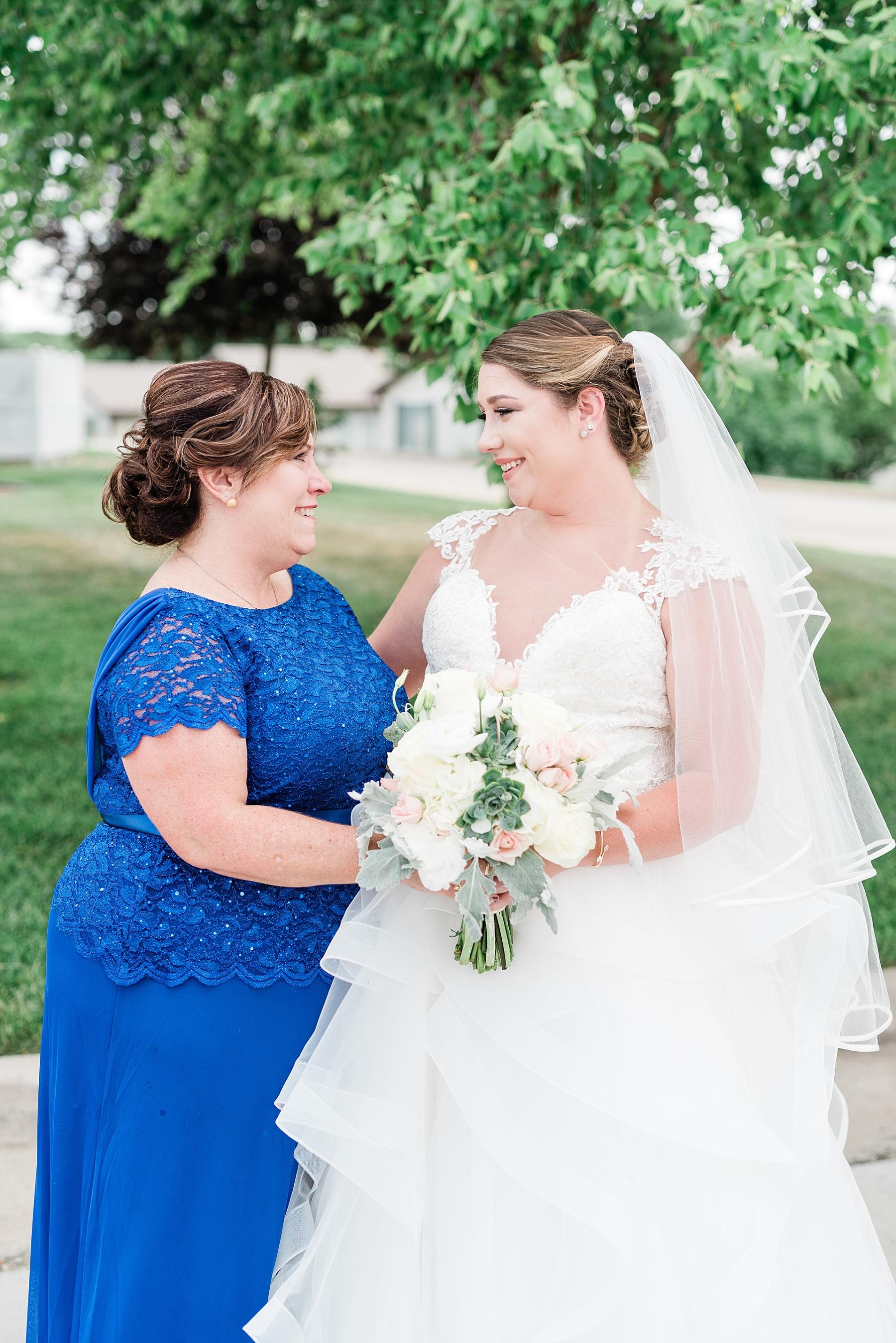 Baurichter Wedding at Stoney Creek Inn Columbia Missouri by Kelsi Kliethermes Photography_0006.jpg