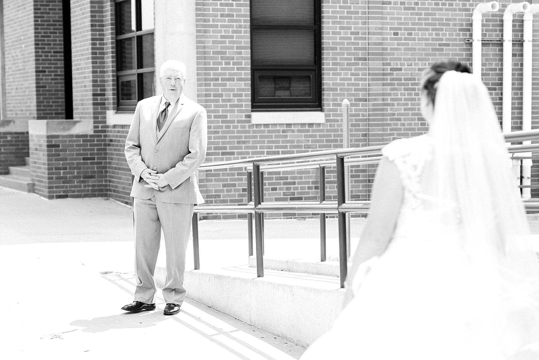 Baurichter Wedding at Stoney Creek Inn Columbia Missouri by Kelsi Kliethermes Photography_0007.jpg
