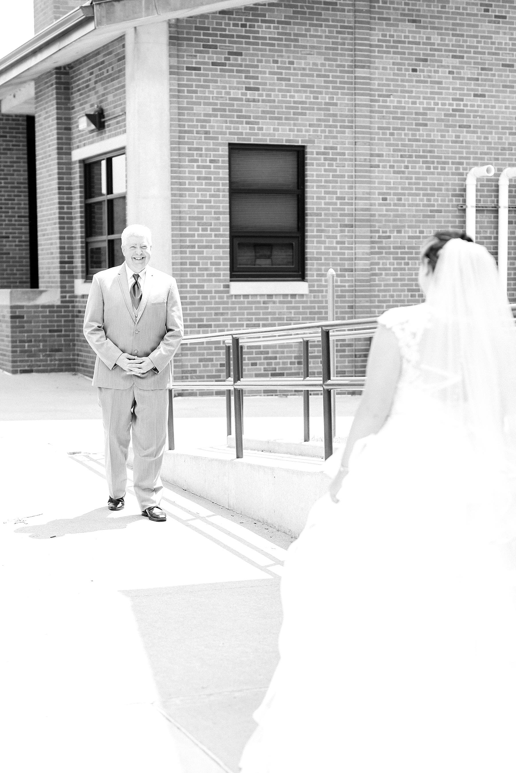 Baurichter Wedding at Stoney Creek Inn Columbia Missouri by Kelsi Kliethermes Photography_0008.jpg