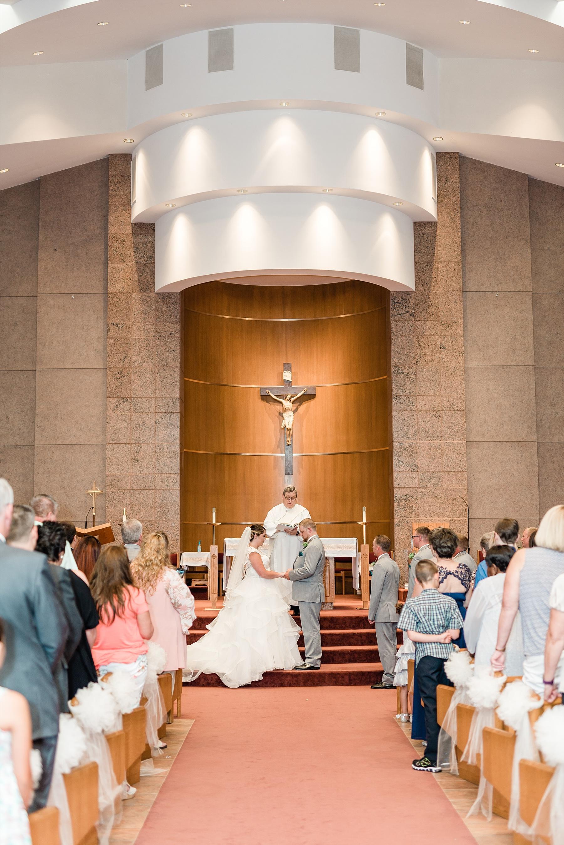 Baurichter Wedding at Stoney Creek Inn Columbia Missouri by Kelsi Kliethermes Photography_0012.jpg