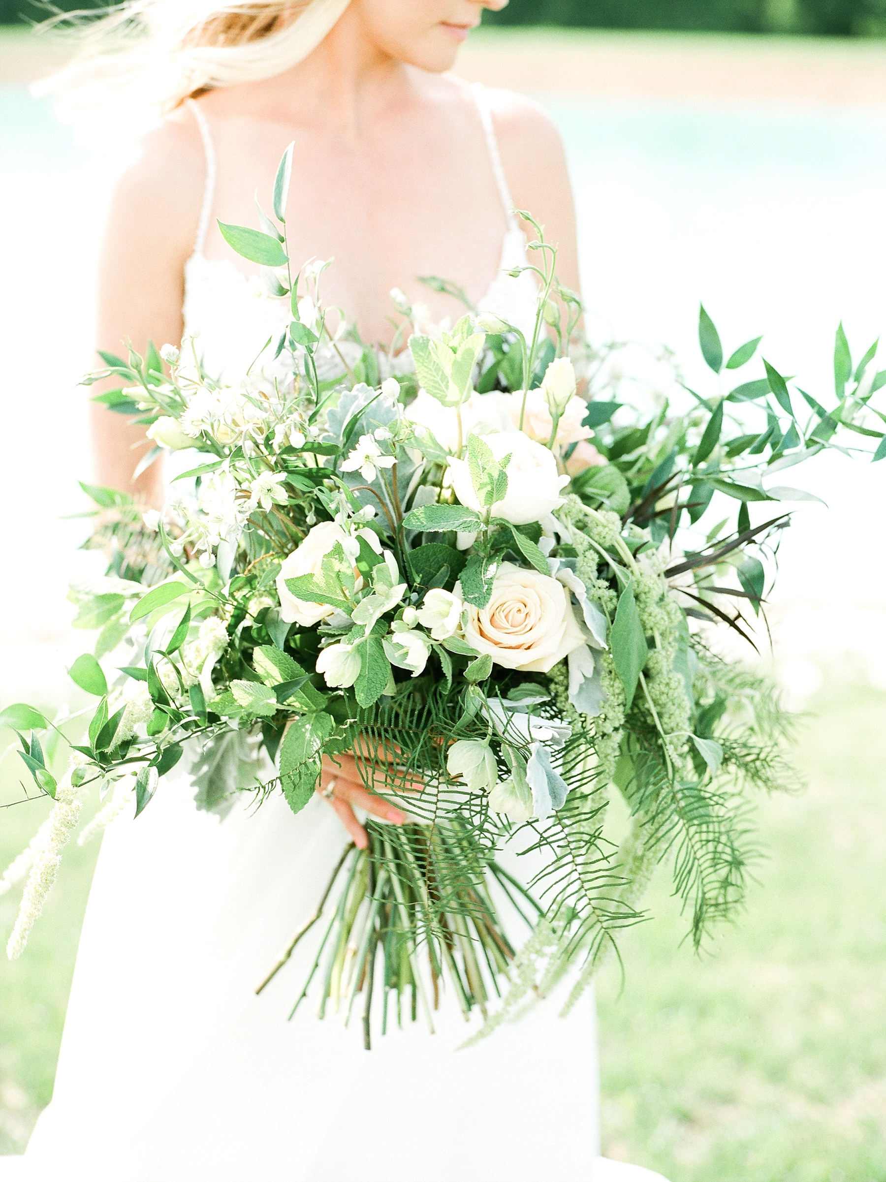 Textural Organic Wedding in All White Venue by Kelsi Kliethermes Wedding Photographer - Missouri, Midwest, and Destinations_0048.jpg