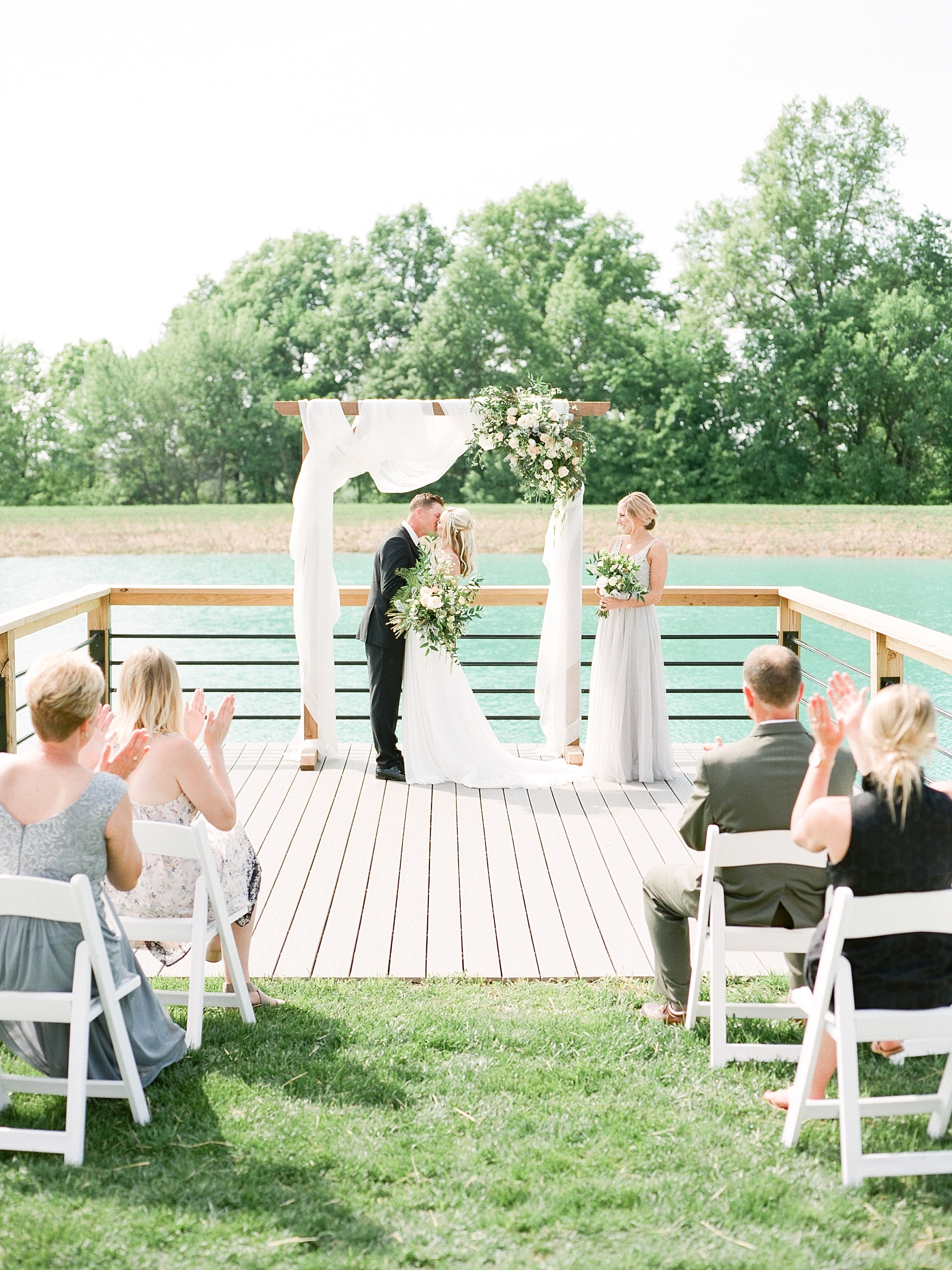 Textural Organic Wedding in All White Venue by Kelsi Kliethermes Wedding Photographer - Missouri, Midwest, and Destinations_0071.jpg
