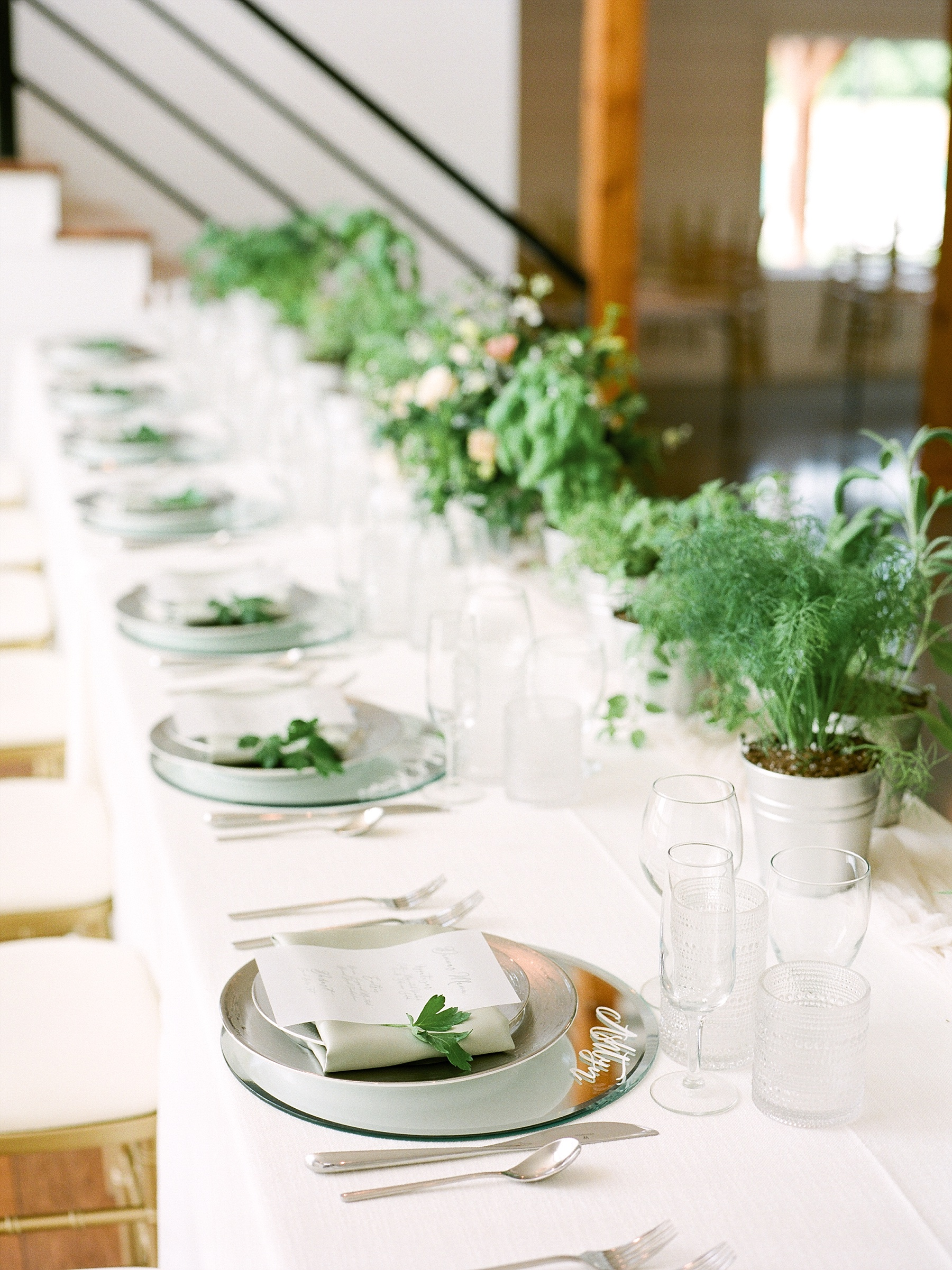 Textural Organic Wedding in All White Venue by Kelsi Kliethermes Wedding Photographer - Missouri, Midwest, and Destinations_0101.jpg