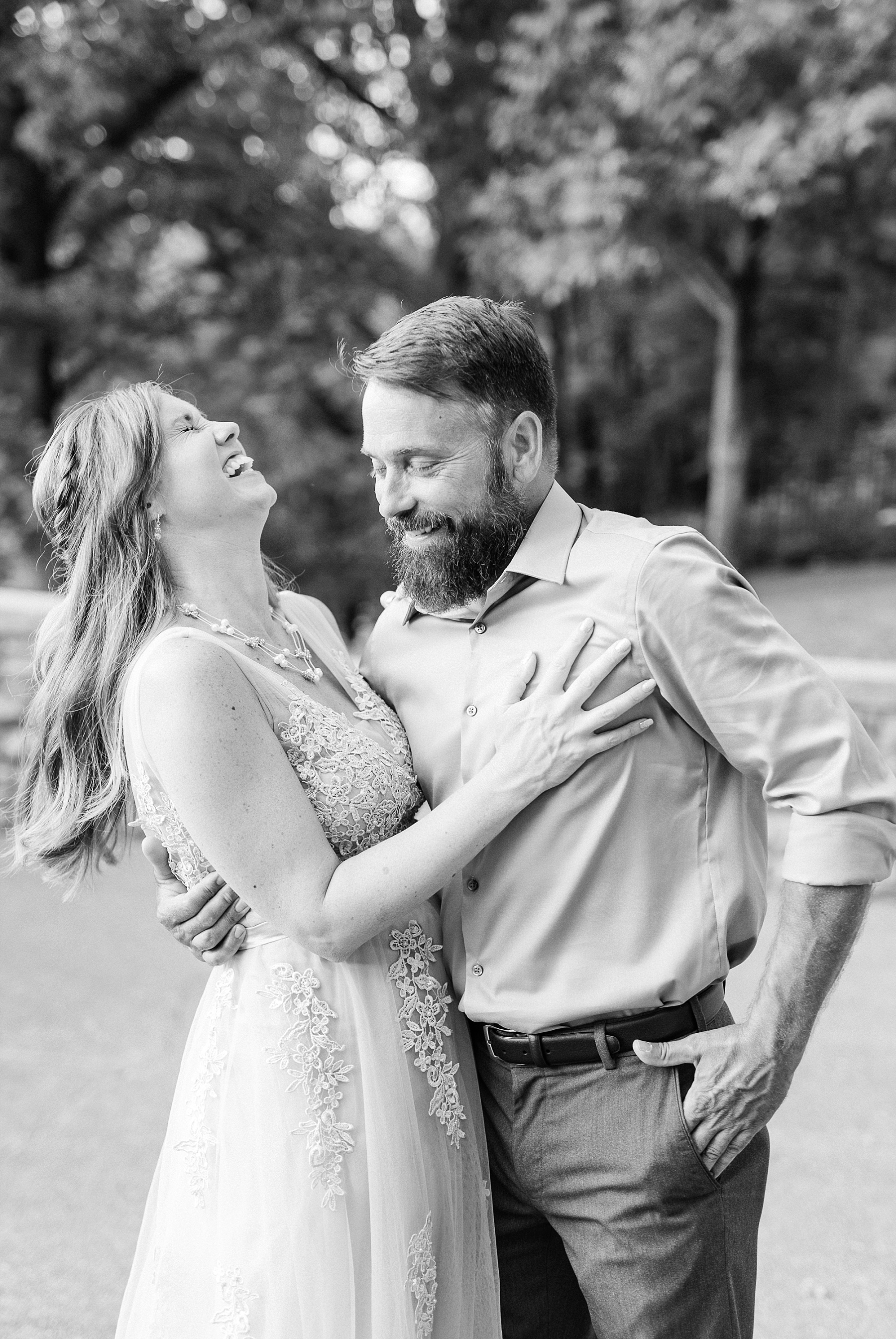 Chuck and Julie 25th Anniversary in Silver at Missouri Governor's Gardens by Kelsi Kliethermes Photography_0010.jpg