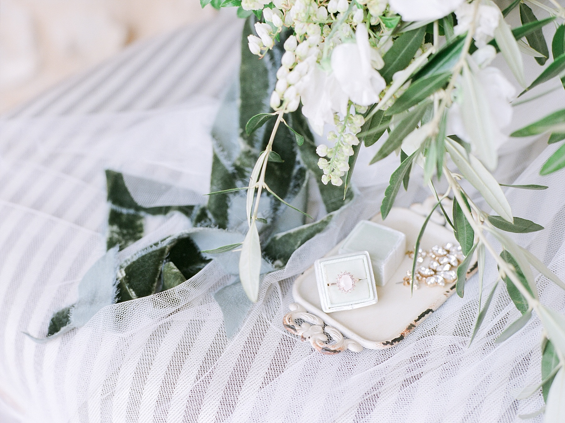 All White Destination Wedding in the Hills of Tuscany Italy at Estate Borgo Petrognano by Kelsi Kliethermes Photography_0033.jpg