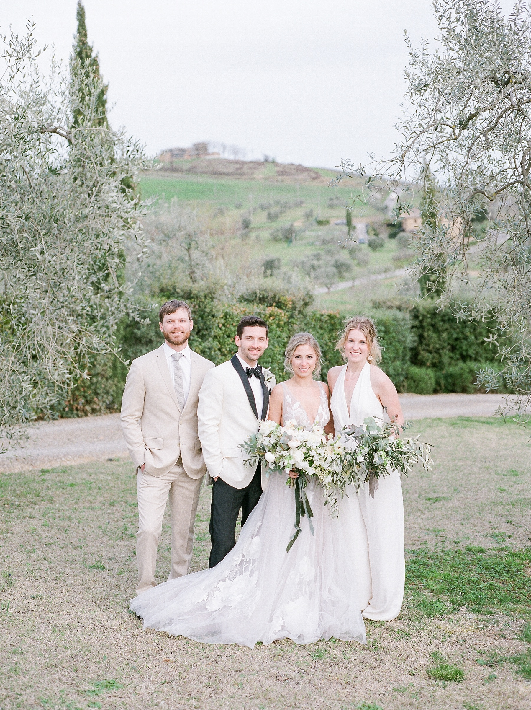 All White Destination Wedding in the Hills of Tuscany Italy at Estate Borgo Petrognano by Kelsi Kliethermes Photography_0055.jpg