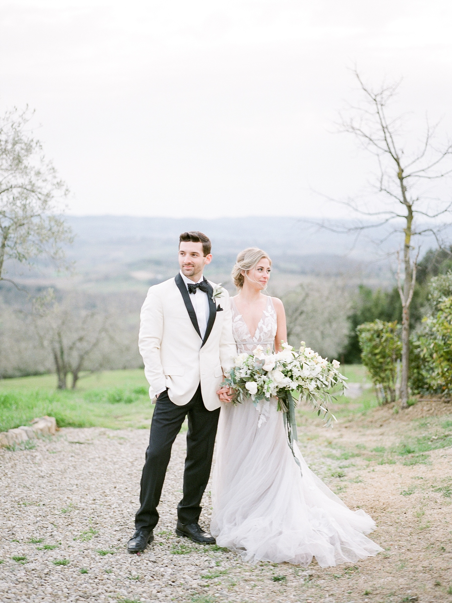 All White Destination Wedding in the Hills of Tuscany Italy at Estate Borgo Petrognano by Kelsi Kliethermes Photography_0065.jpg