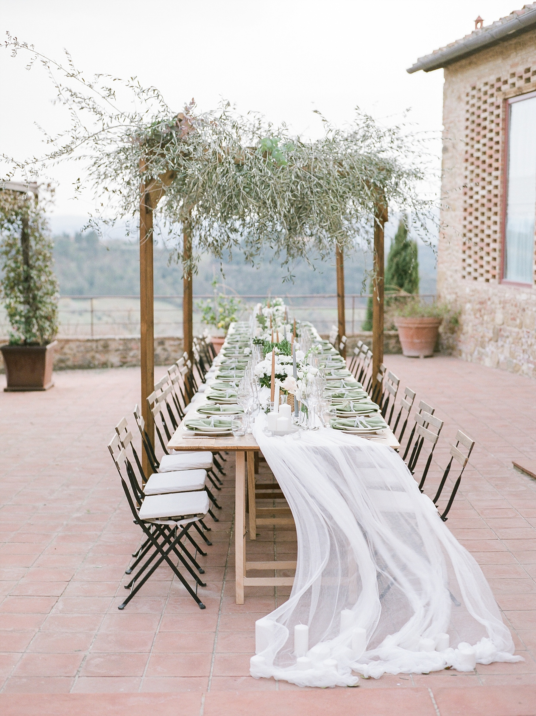 All White Destination Wedding in the Hills of Tuscany Italy at Estate Borgo Petrognano by Kelsi Kliethermes Photography_0066.jpg