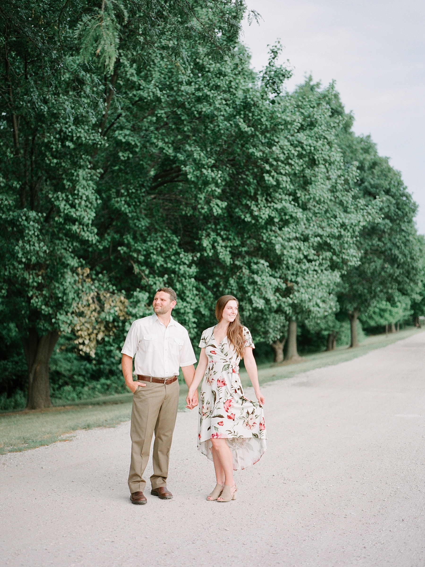 Sunset Engagement Session at Faust Park Chesterfield Missouri by Kelsi Kliethermes Photography_0019.jpg