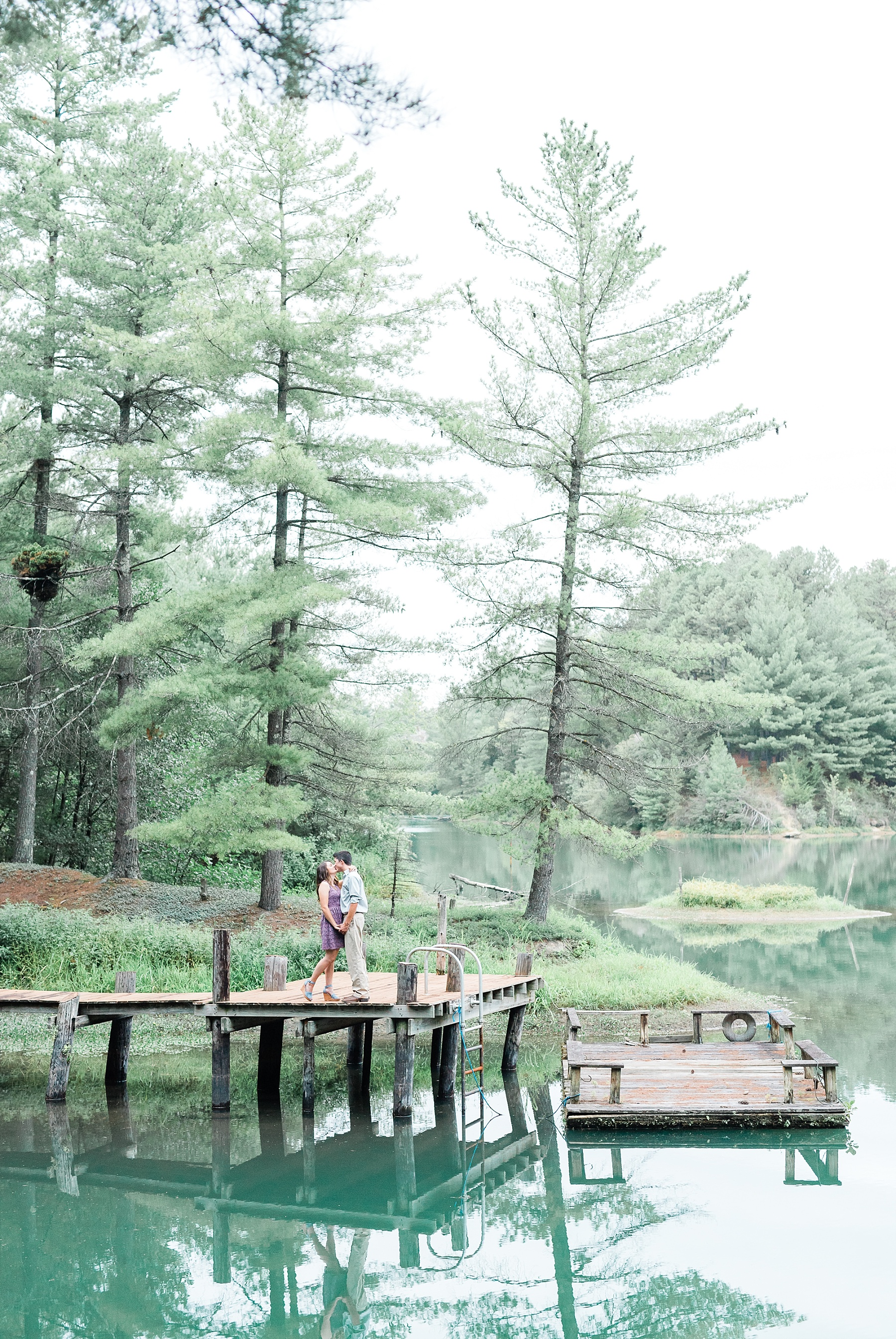 Wanderlust Engagement Session in the Pines with Sunset Canoe Ride in Blue Green Lake in Mid Missouri by Kelsi Kliethermes Photography_0010.jpg