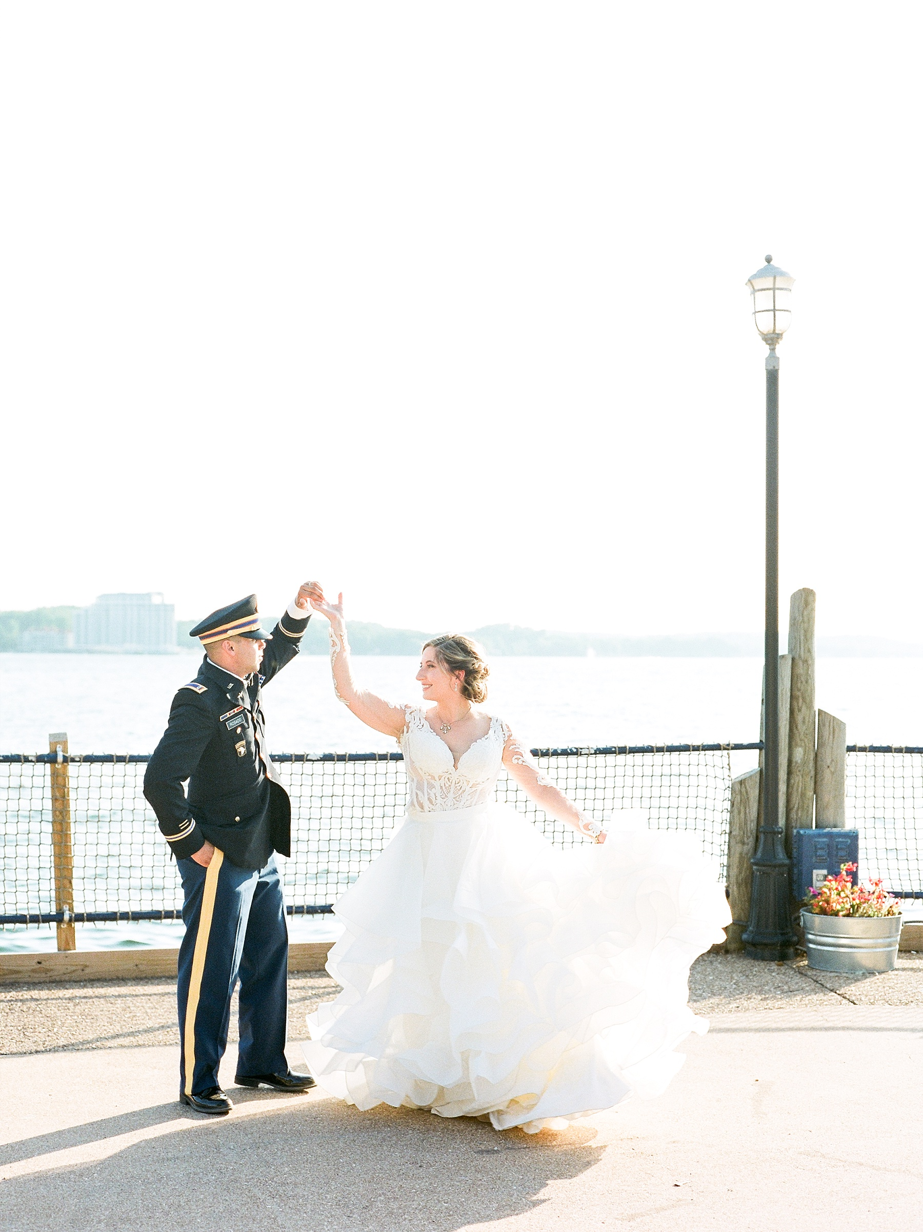 Beachside Sunset Wedding At Lodge Of Four Seasons At Lake Of The Ozarks By Kelsi Kliethermes Photography_0033.jpg