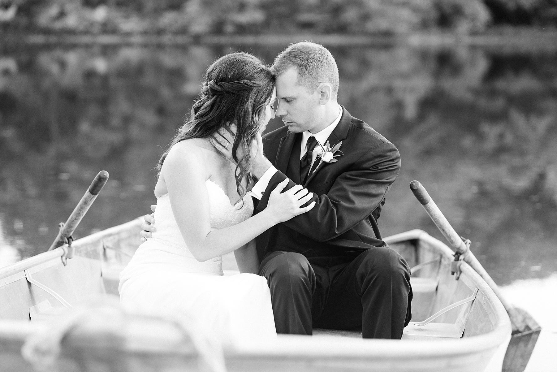 Romantic Summer Sunset Wedding Ceremony at Little Piney Lodge St. Louis Missouri by Kelsi Kliethermes Photography Fine Art Photographer_0019.jpg