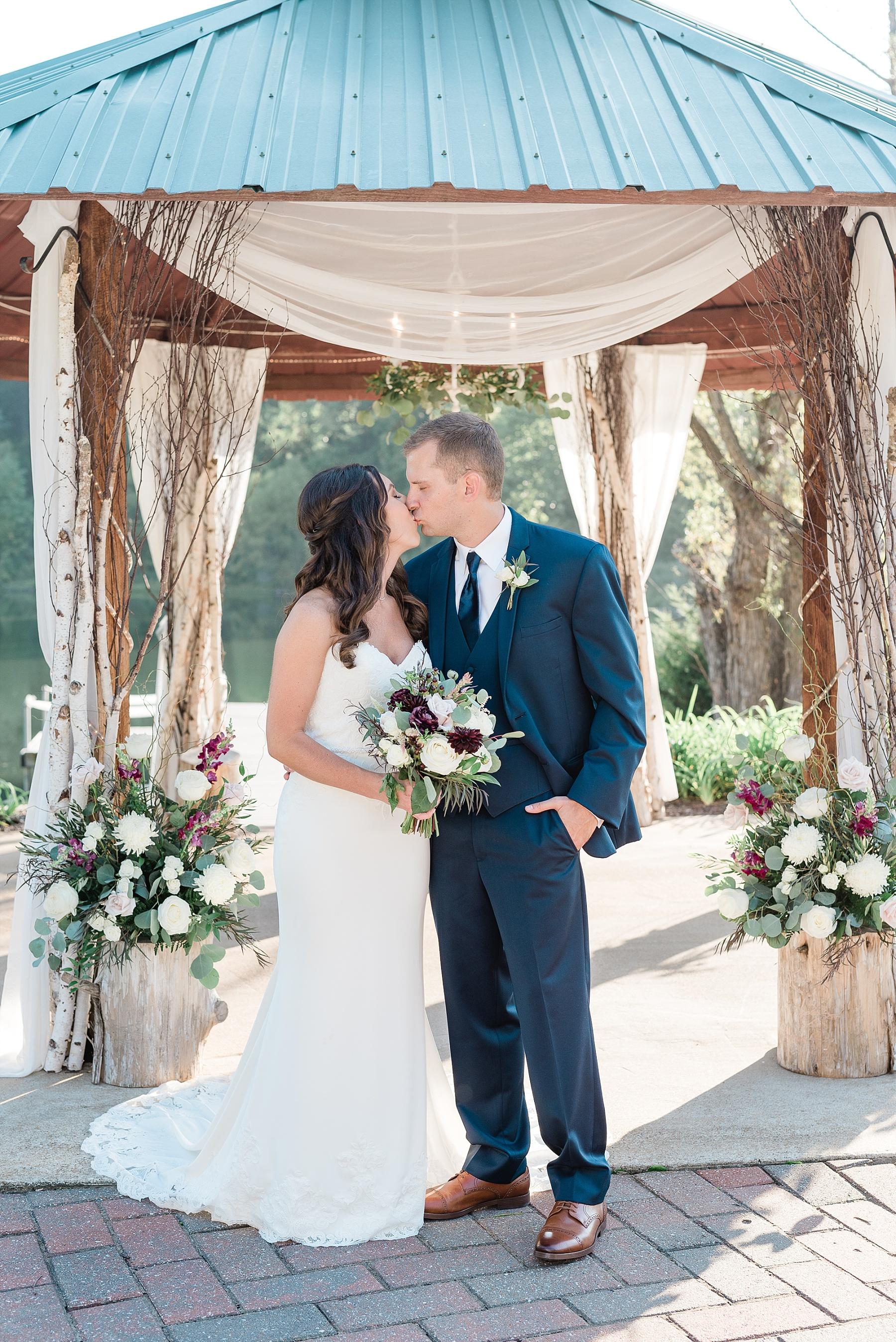 Romantic Summer Sunset Wedding Ceremony at Little Piney Lodge St. Louis Missouri by Kelsi Kliethermes Photography Fine Art Photographer_0039.jpg