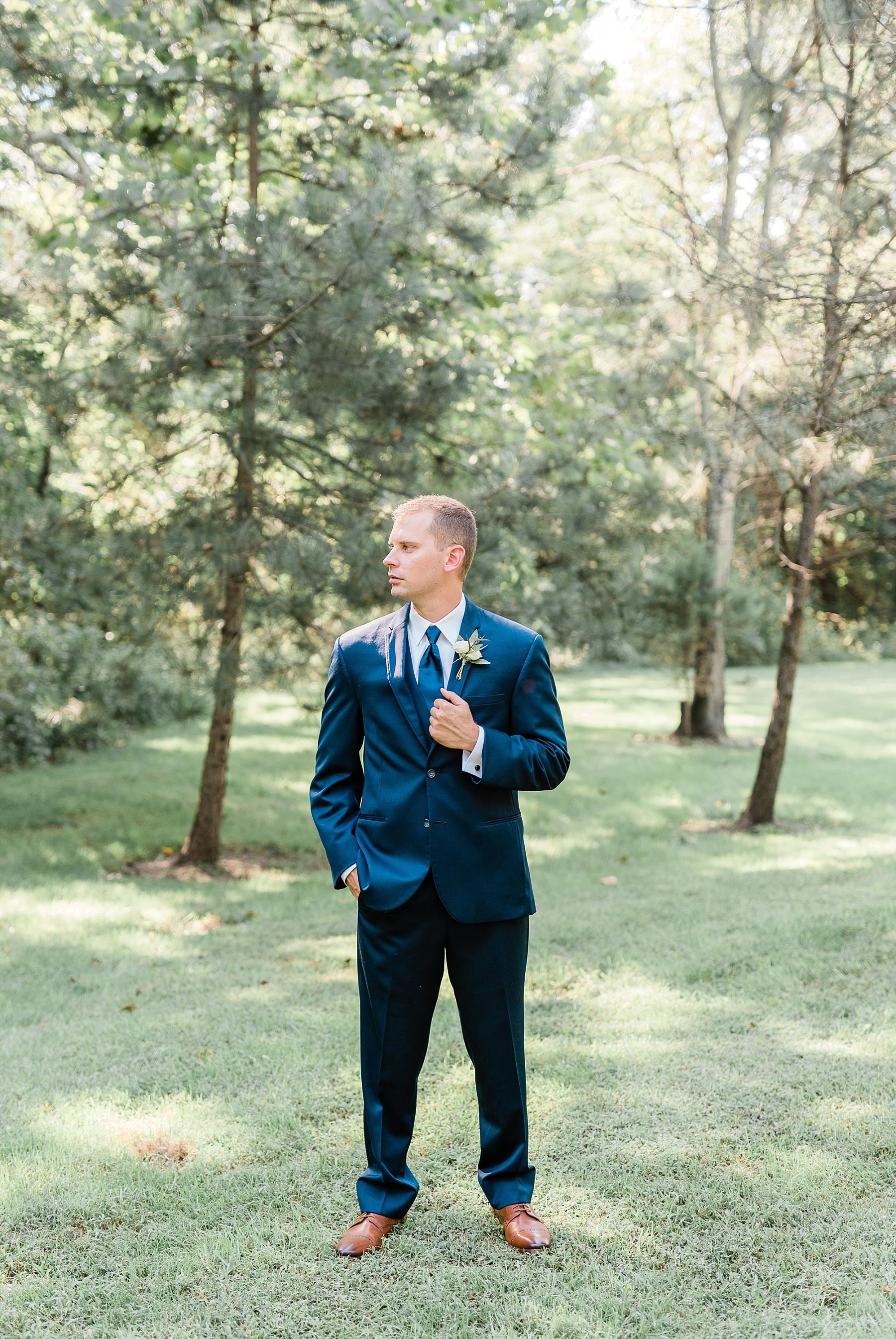Romantic Summer Sunset Wedding Ceremony at Little Piney Lodge St. Louis Missouri by Kelsi Kliethermes Photography Fine Art Photographer_0050.jpg