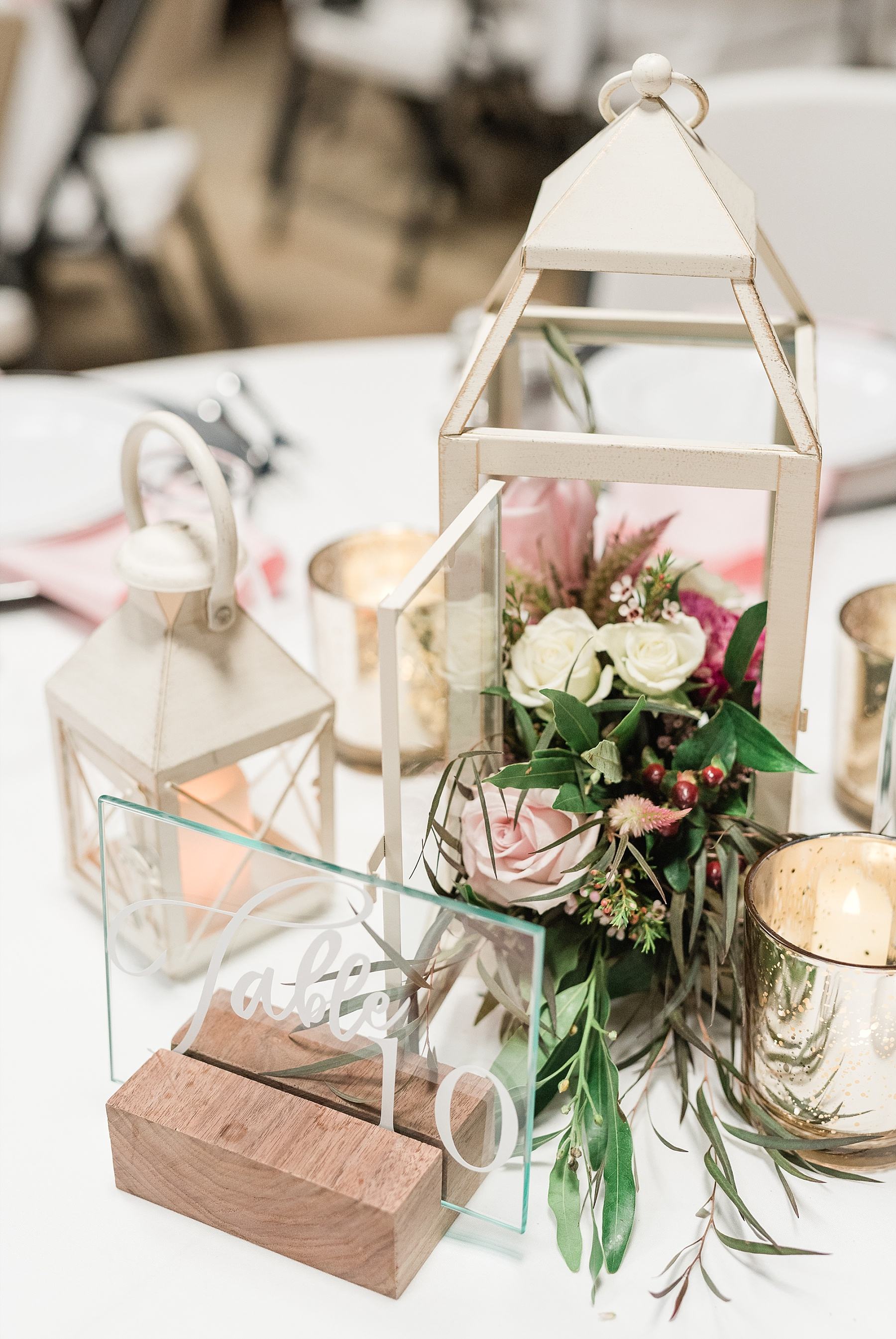 Romantic Summer Sunset Wedding Ceremony at Little Piney Lodge St. Louis Missouri by Kelsi Kliethermes Photography Fine Art Photographer_0052.jpg