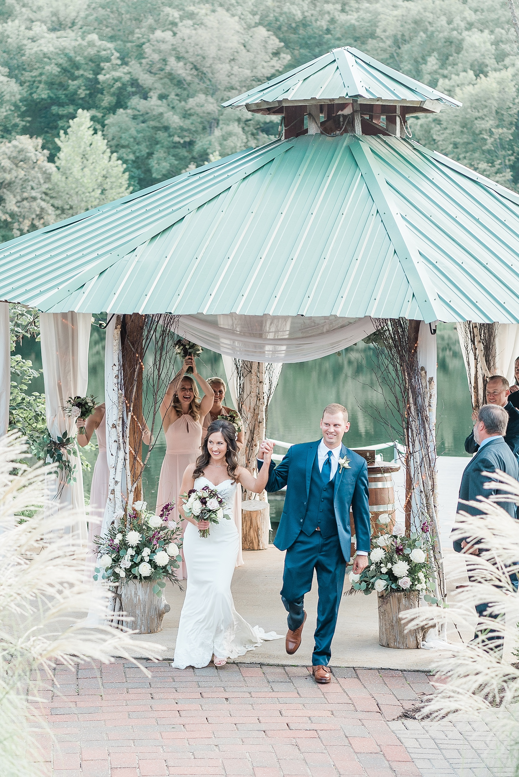 Romantic Summer Sunset Wedding Ceremony at Little Piney Lodge St. Louis Missouri by Kelsi Kliethermes Photography Fine Art Photographer_0059.jpg