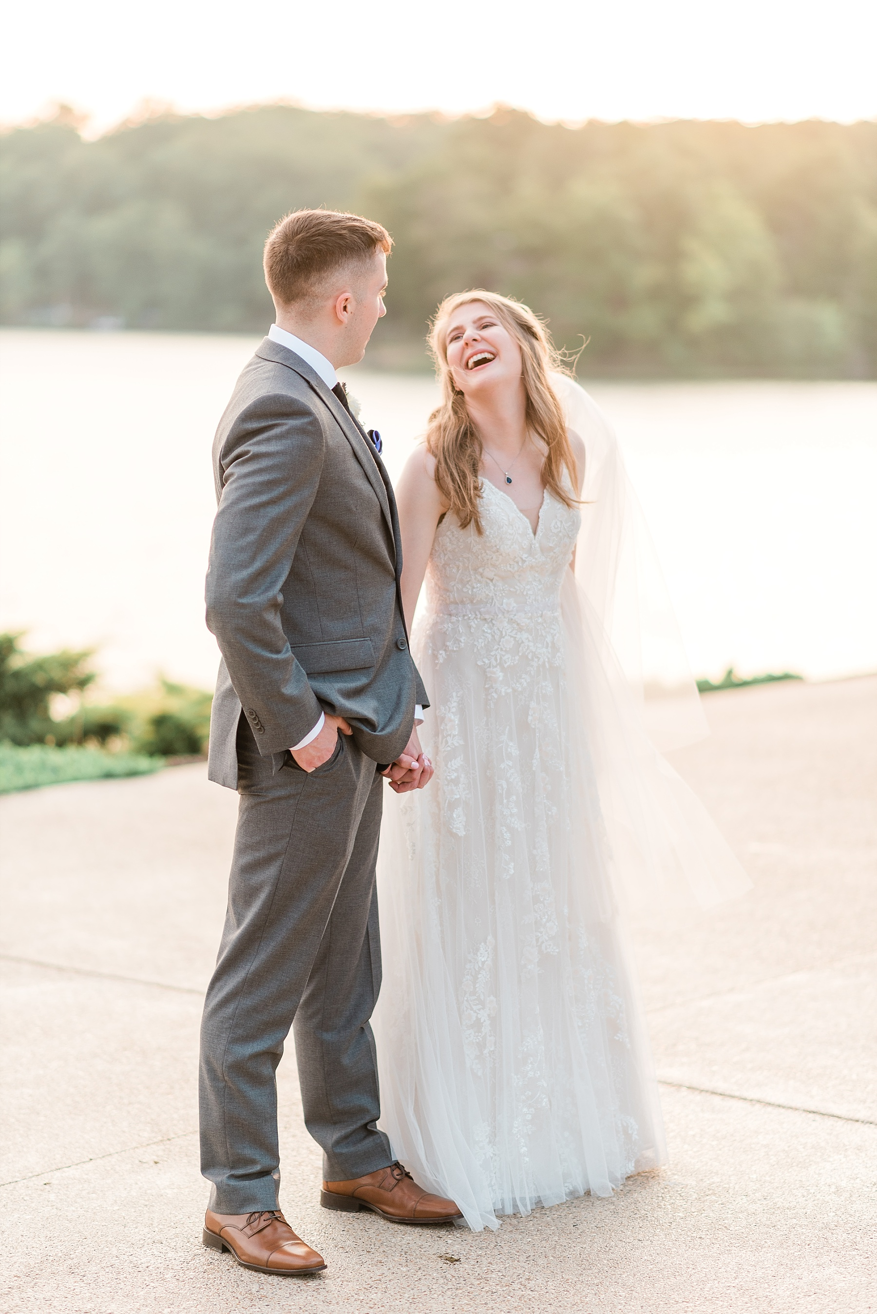 Lavender Hues at Summer Wedding at Innsbrook Resort by Kelsi Kliethermes Photography St. Louis Wedding Photographer_0044.jpg