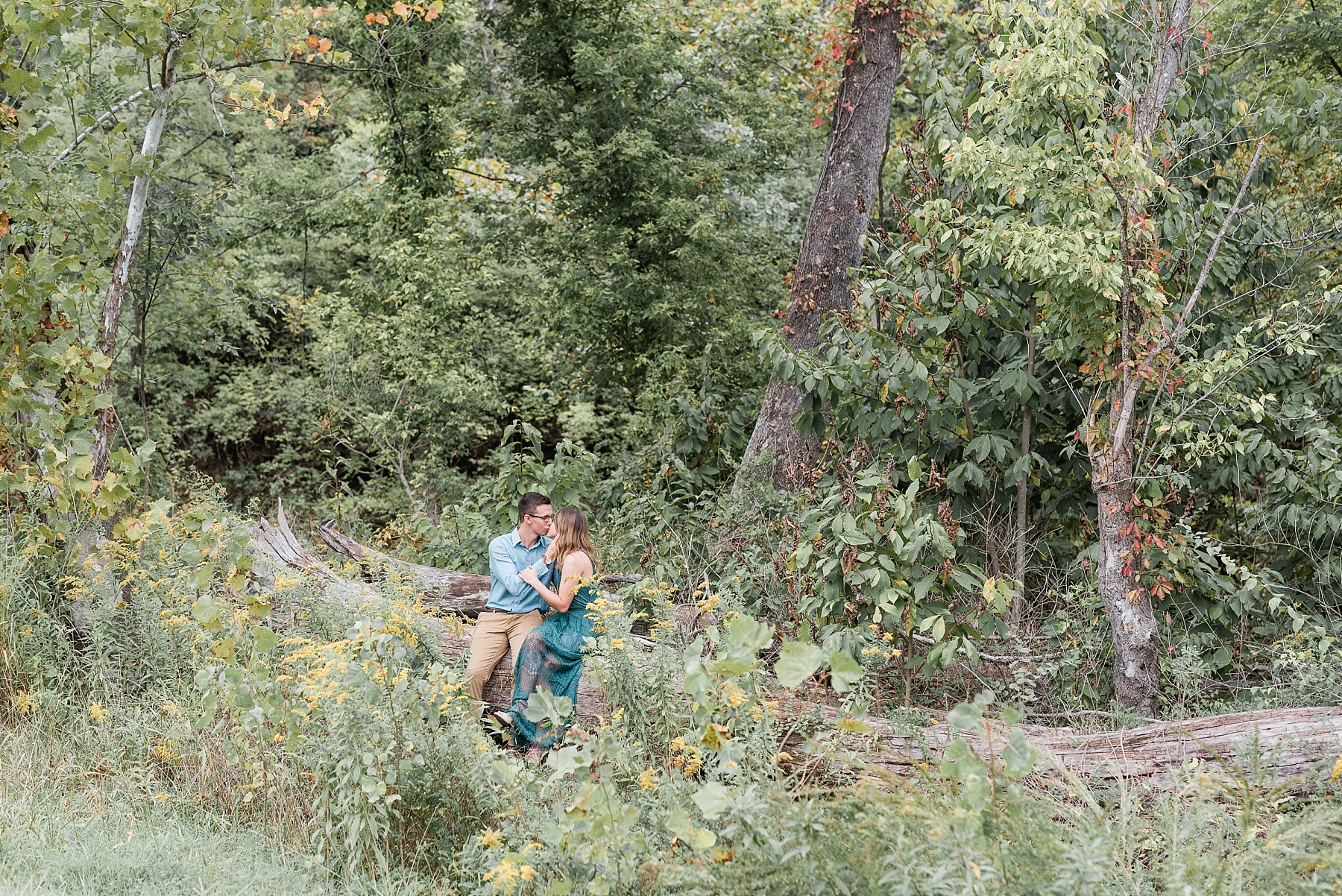 Autumn Engagement Session at Grindstone Nature Trail Columbia Missouri by Kelsi Kliethermes Photography_0001.jpg