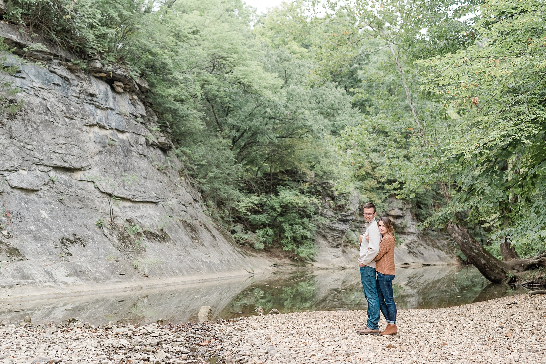 Autumn Engagement Session at Grindstone Nature Trail Columbia Missouri by Kelsi Kliethermes Photography_0003.jpg