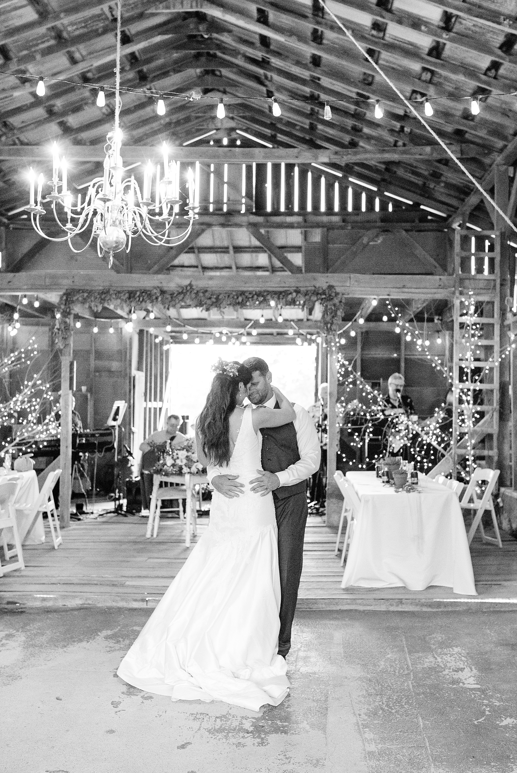 Fine Art Sunset Themed Wedding in Autumn at Dodson Orchards by Kelsi Kliethermes Photography_0072.jpg