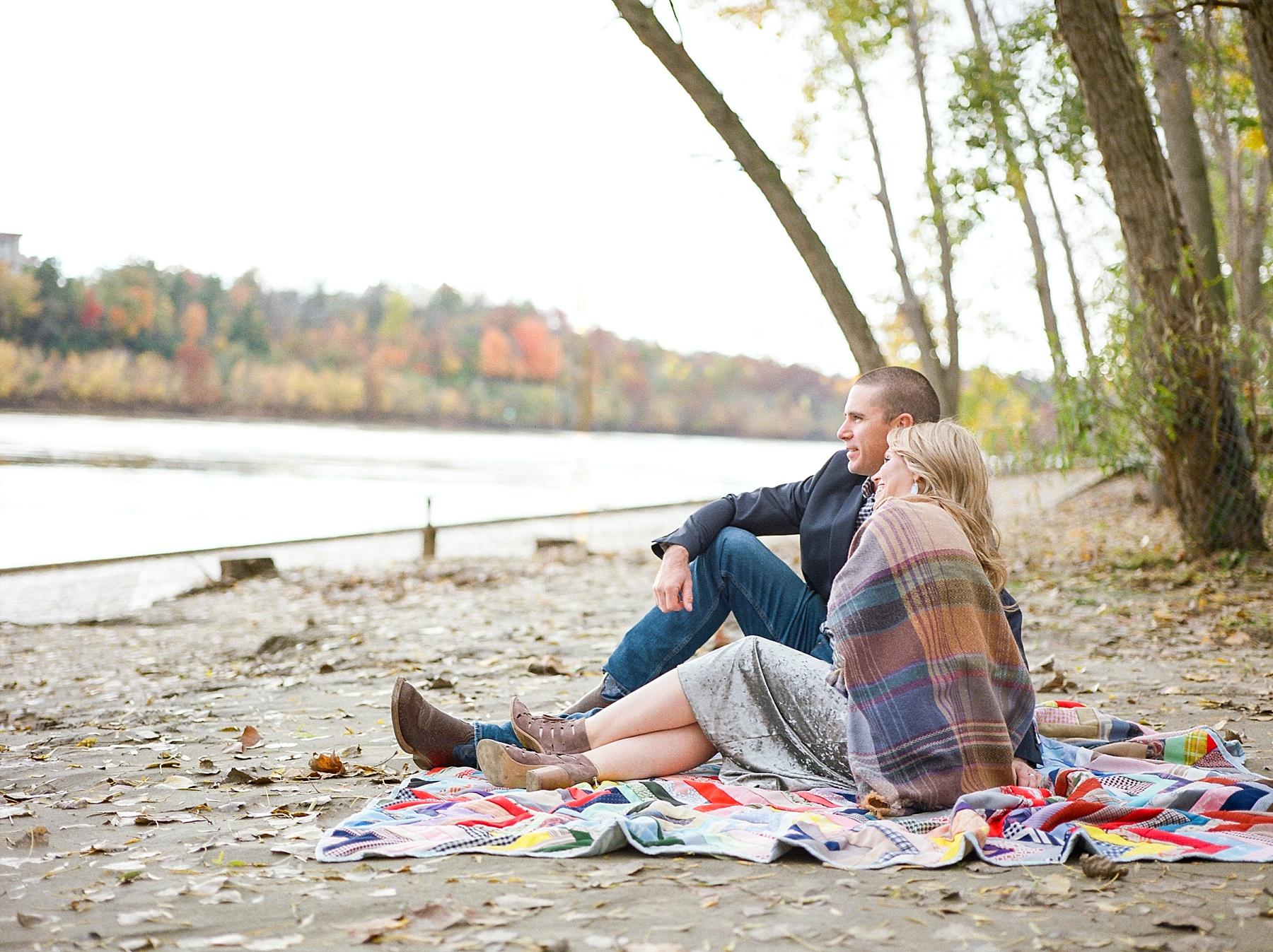 Ten Year Anniversary Session on Shore of Missouri River by Kelsi Kliethermes Photography Kansas City Missouri Wedding Photographer_0003.jpg