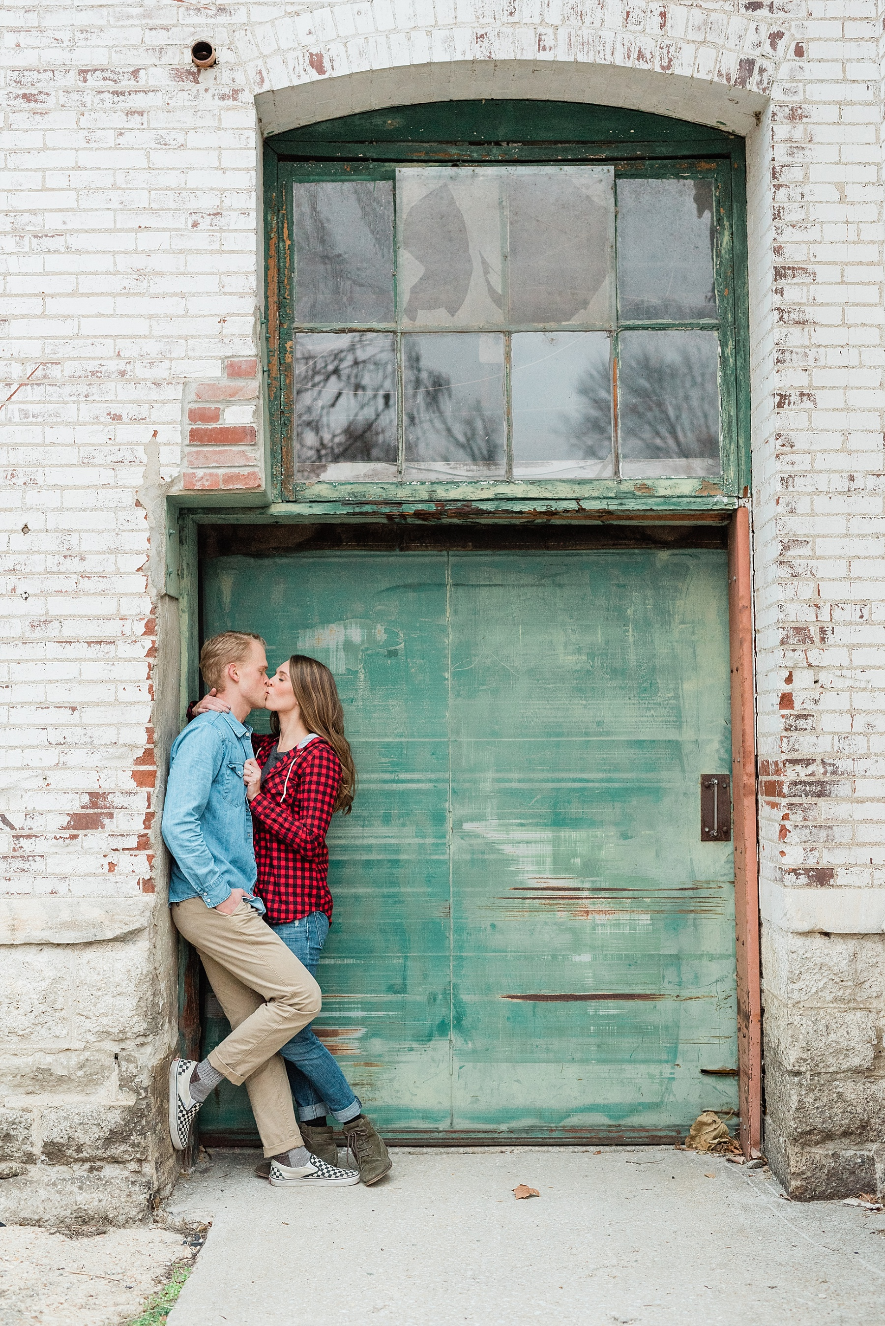 Downtown Jefferson City Engagement Session in Winter at Old Shoe Factory by Kelsi Kliethermes Photography Kansas City Missouri Wedding Photographer_0016.jpg
