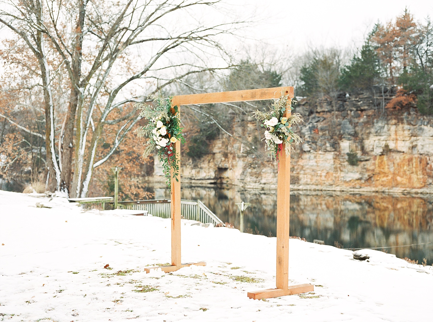 Snowy Winter Wedding at Wildcliff Events Lake With Earthy Jewel Tones and Organic Refined Style by Kelsi Kliethermes Photography Kansas City Missouri Wedding Photographer_0021.jpg