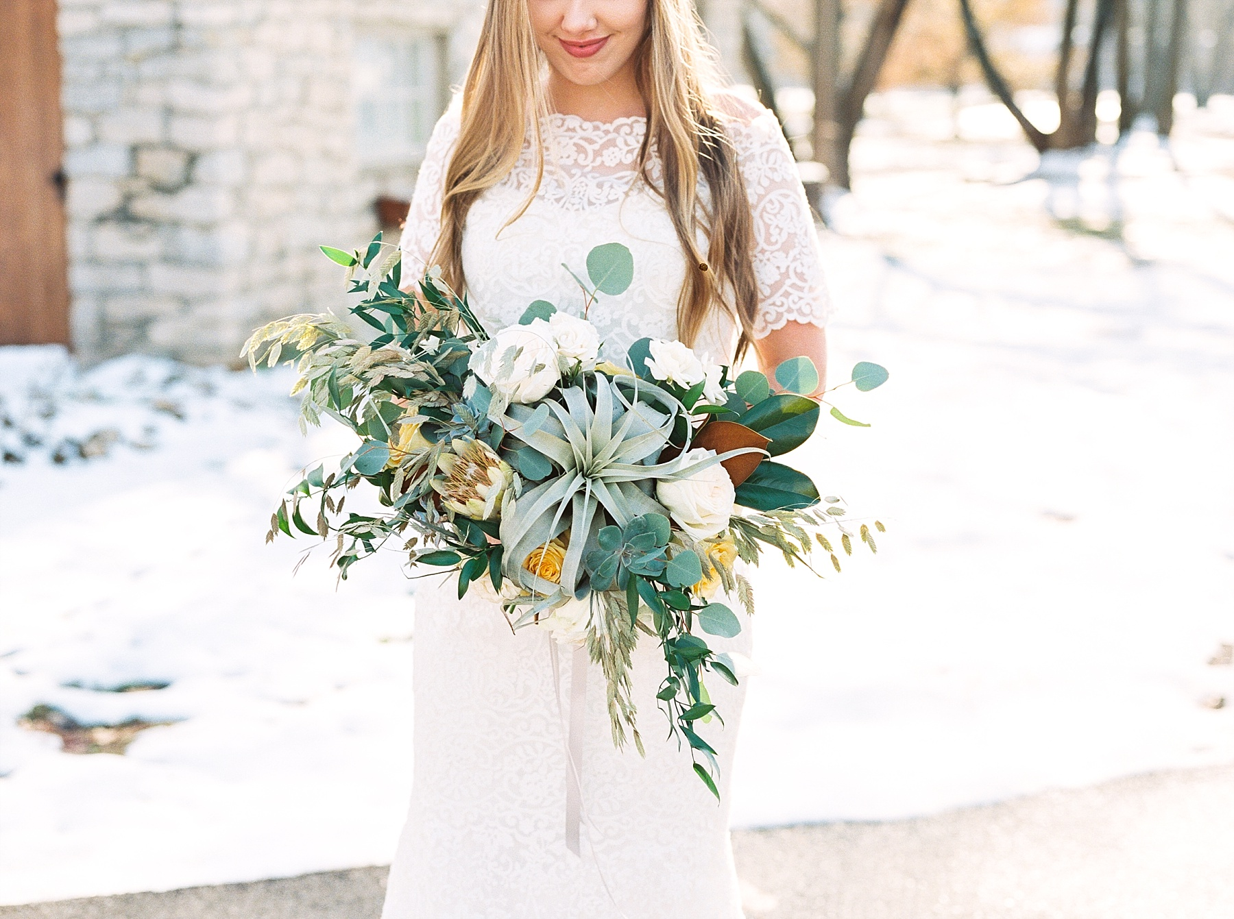 Snowy Winter Wedding at Wildcliff Events Lake With Earthy Jewel Tones and Organic Refined Style by Kelsi Kliethermes Photography Kansas City Missouri Wedding Photographer_0038.jpg