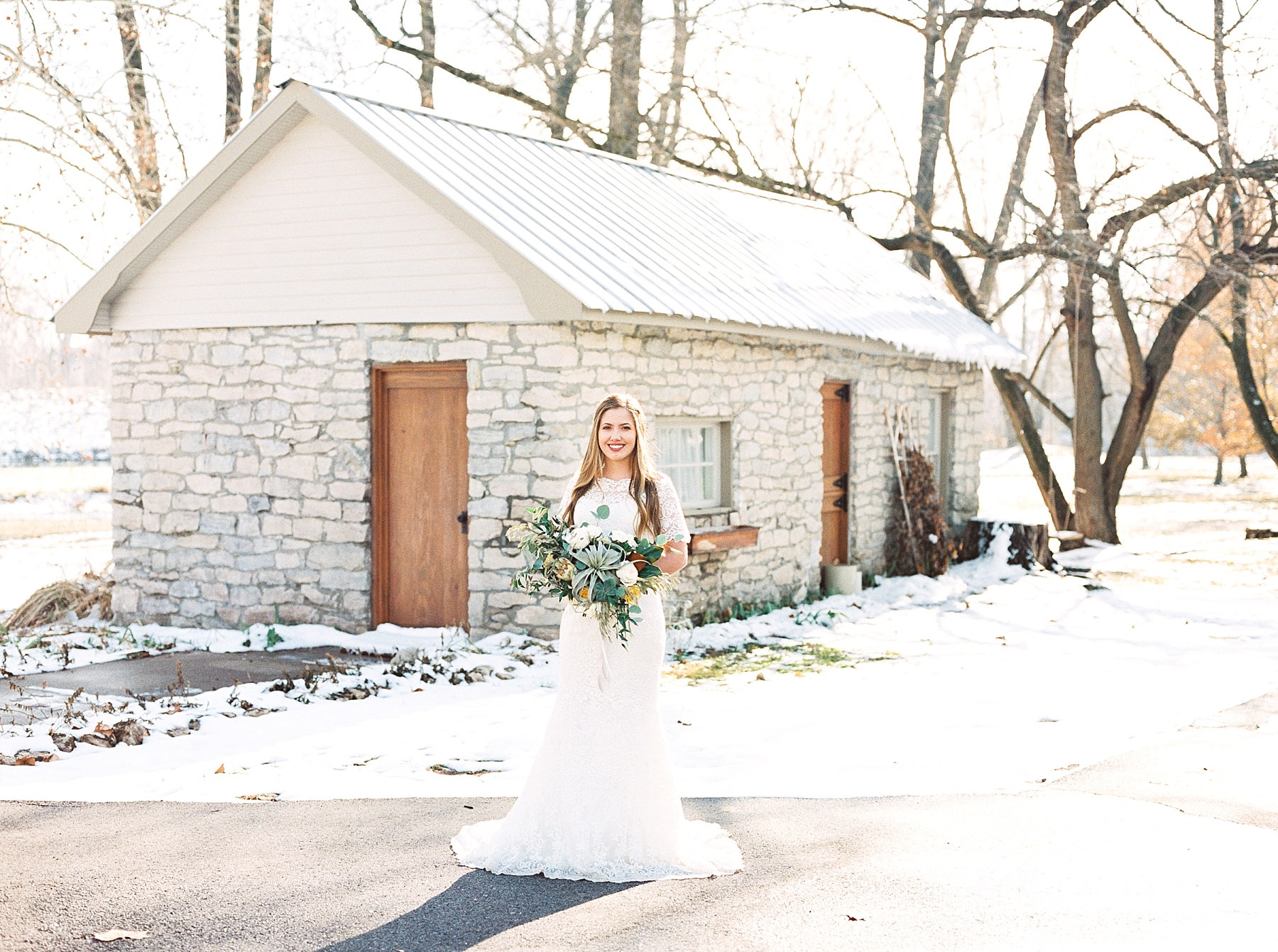 Snowy Winter Wedding at Wildcliff Events Lake With Earthy Jewel Tones and Organic Refined Style by Kelsi Kliethermes Photography Kansas City Missouri Wedding Photographer_0037.jpg