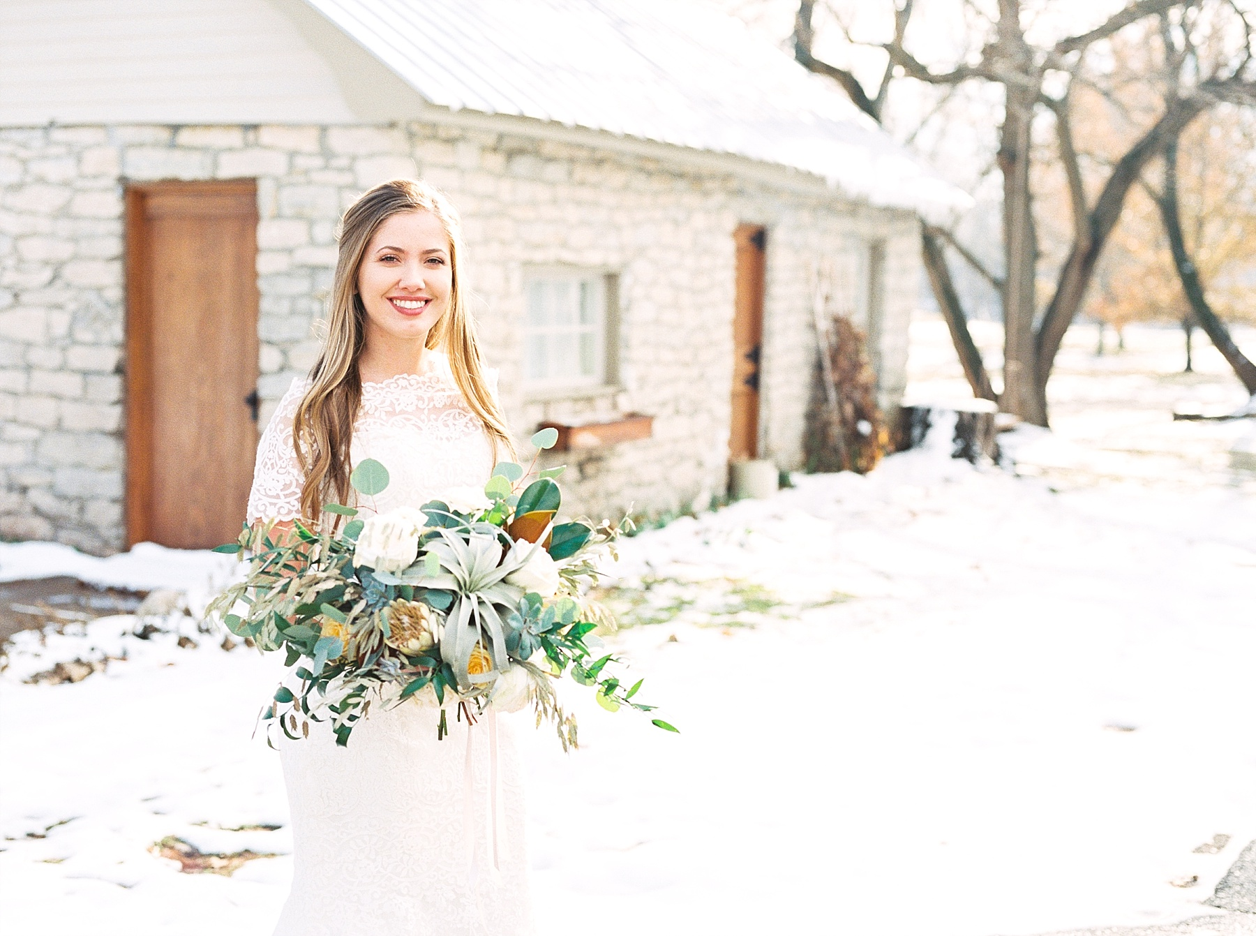 Snowy Winter Wedding at Wildcliff Events Lake With Earthy Jewel Tones and Organic Refined Style by Kelsi Kliethermes Photography Kansas City Missouri Wedding Photographer_0040.jpg