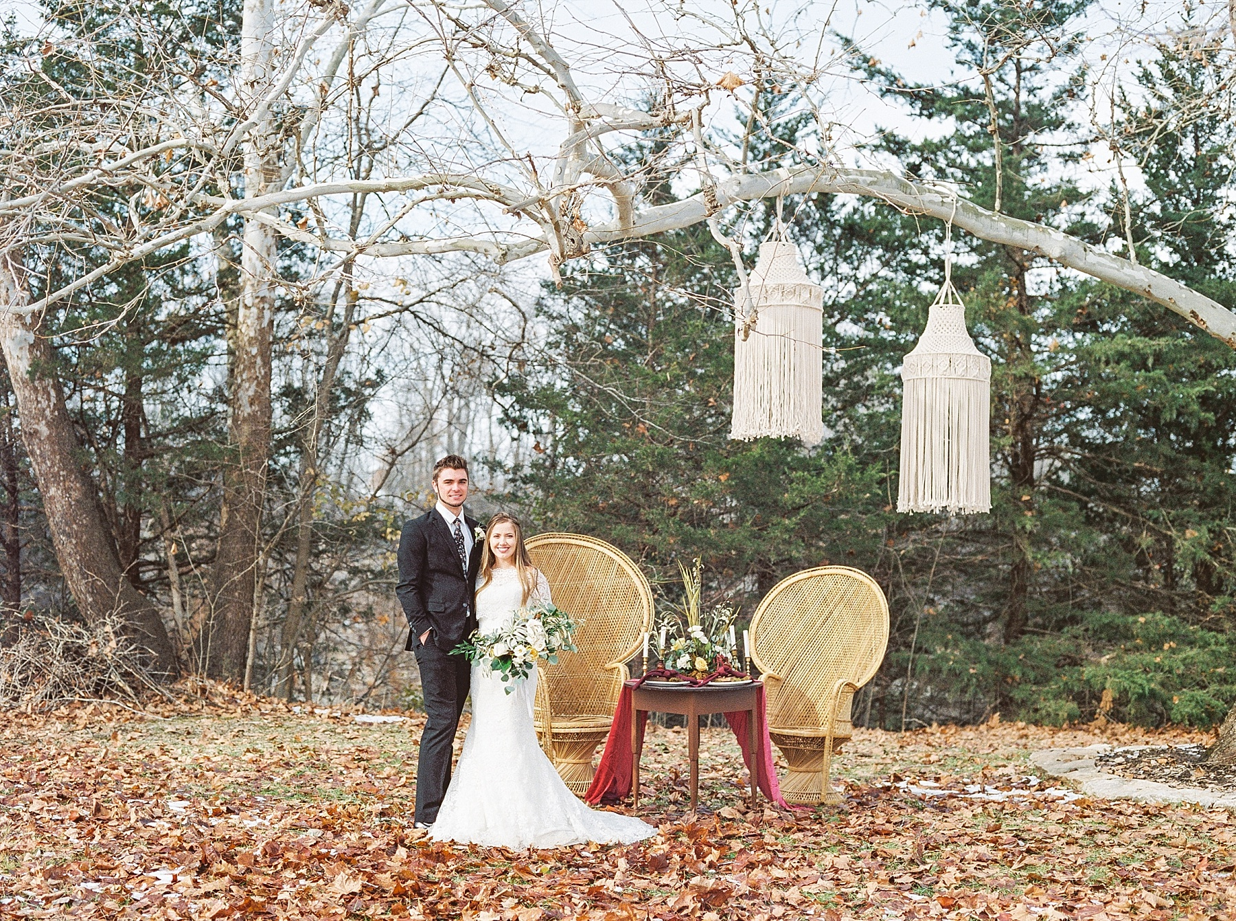 Snowy Winter Wedding at Wildcliff Events Lake With Earthy Jewel Tones and Organic Refined Style by Kelsi Kliethermes Photography Kansas City Missouri Wedding Photographer_0047.jpg