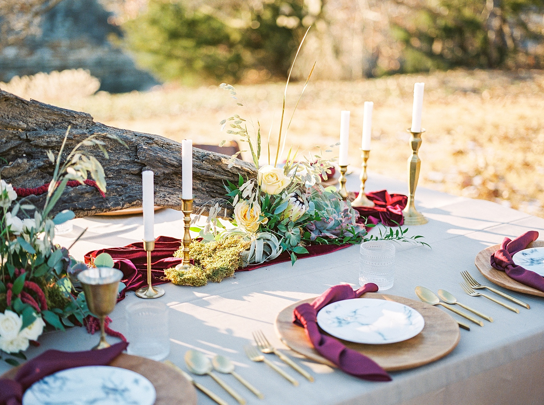 Snowy Winter Wedding at Wildcliff Events Lake With Earthy Jewel Tones and Organic Refined Style by Kelsi Kliethermes Photography Kansas City Missouri Wedding Photographer_0066.jpg