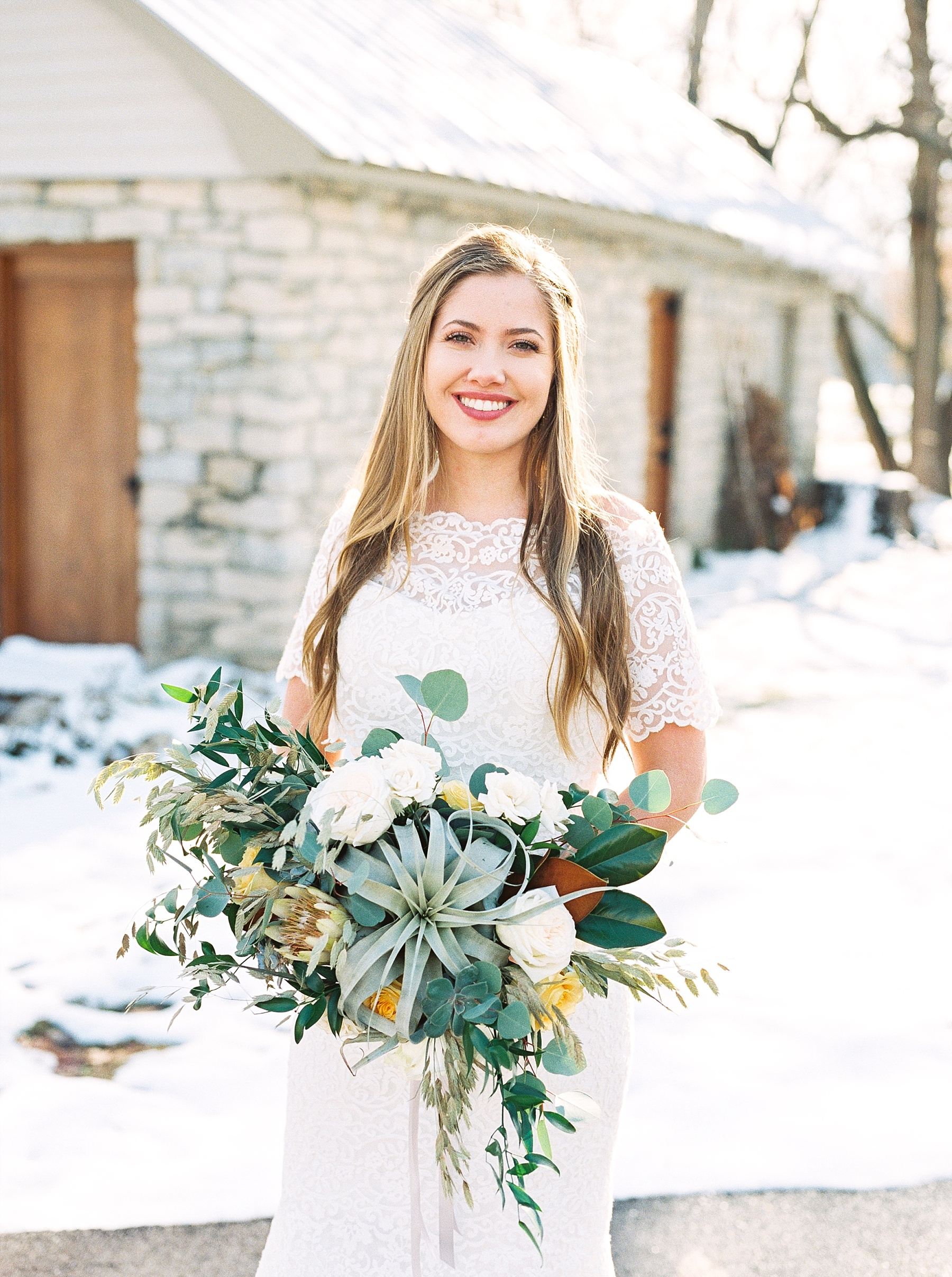 Snowy Winter Wedding at Wildcliff Events Lake With Earthy Jewel Tones and Organic Refined Style by Kelsi Kliethermes Photography Kansas City Missouri Wedding Photographer_0138.jpg