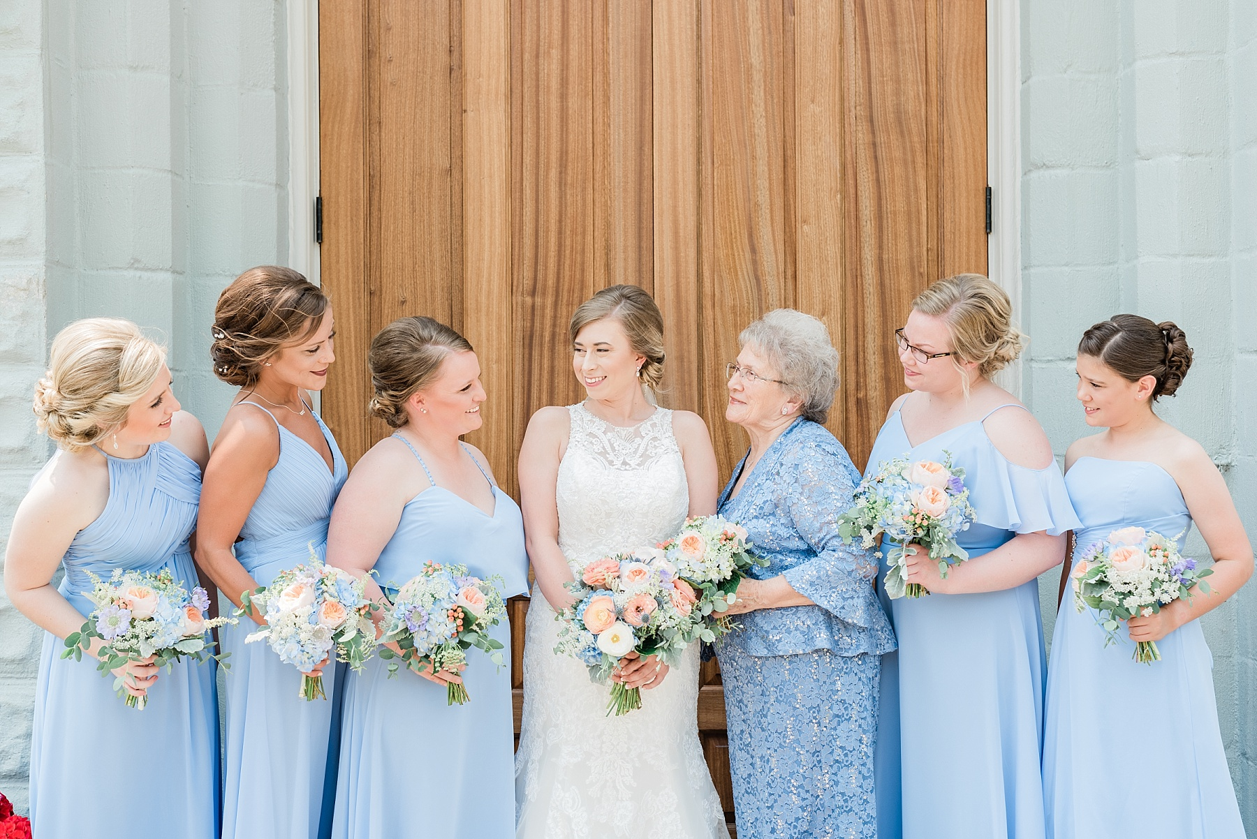 Peach and Dusty Blue Spring Wedding in Rolling Hills of Mid Missouri by Kelsi Kliethermes Photography Best Missouri and Maui Wedding Photographer_0007.jpg