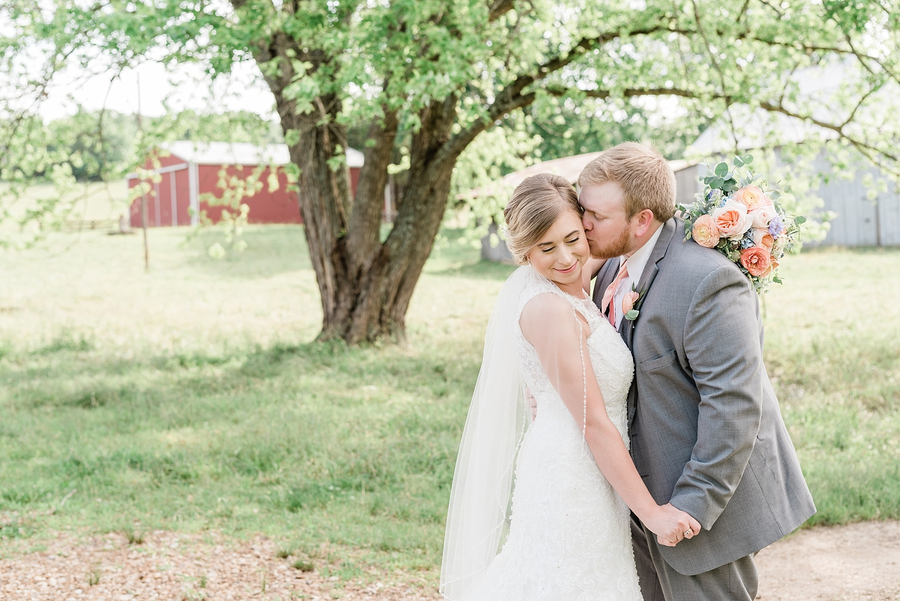 Peach and Dusty Blue Spring Wedding in Rolling Hills of Mid Missouri by Kelsi Kliethermes Photography Best Missouri and Maui Wedding Photographer_0016.jpg