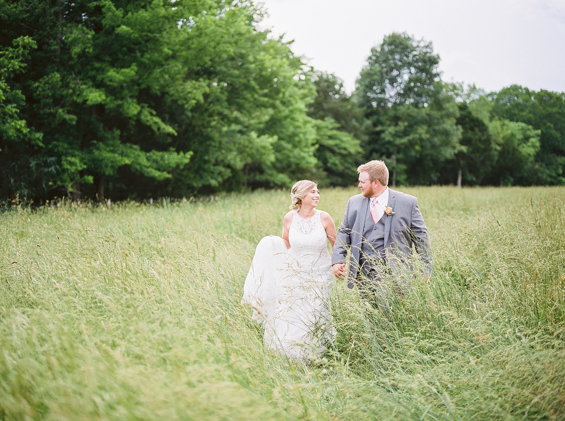 Peach and Dusty Blue Spring Wedding in Rolling Hills of Mid Missouri by Kelsi Kliethermes Photography Best Missouri and Maui Wedding Photographer_0020.jpg