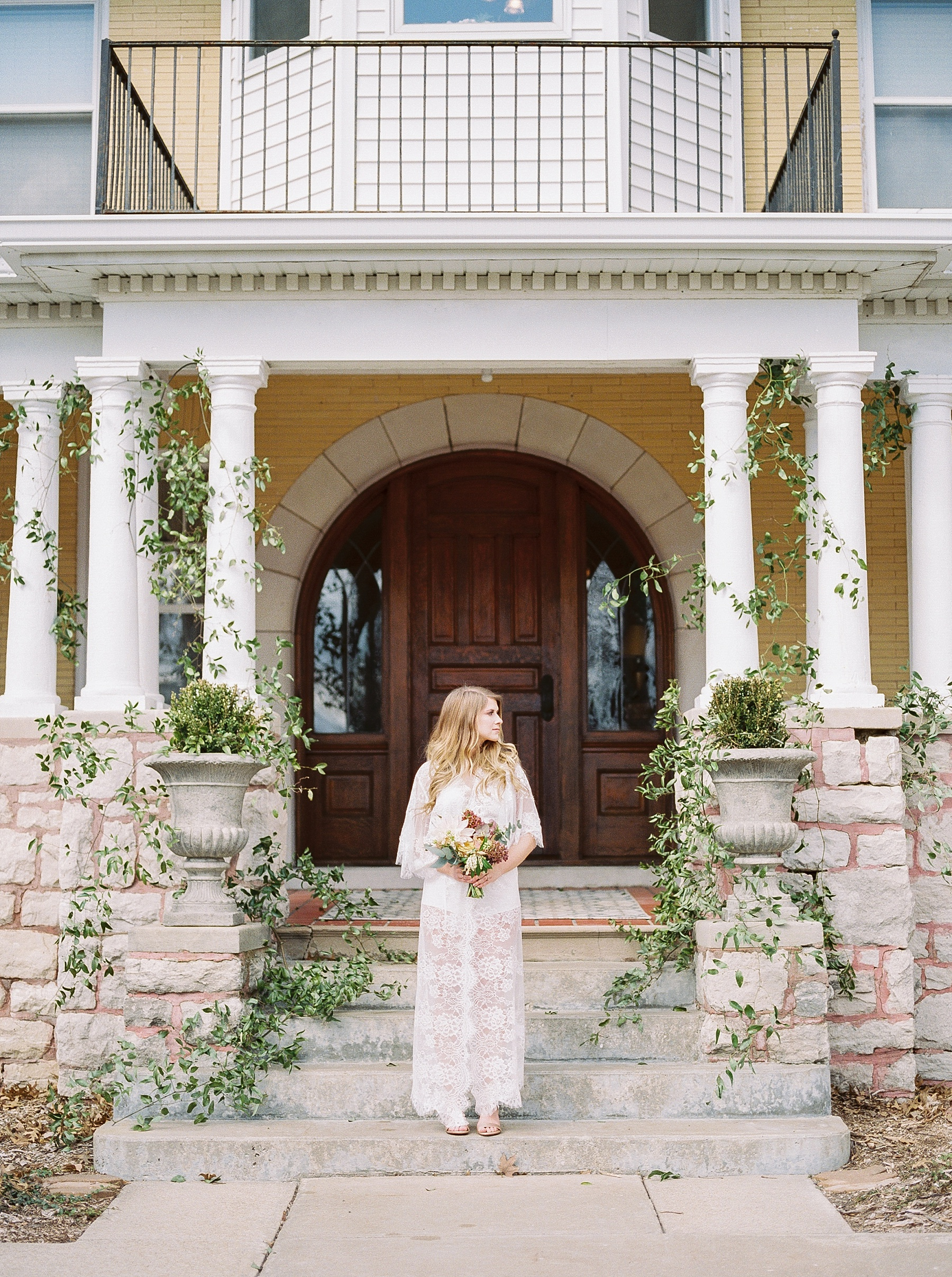 Natural, Intimate, and Organic Bridal Session on Steps of Century Old Bed and Breakfast by Kelsi Kliethermes Photography Best Missouri and Maui Wedding Photographer_0011.jpg
