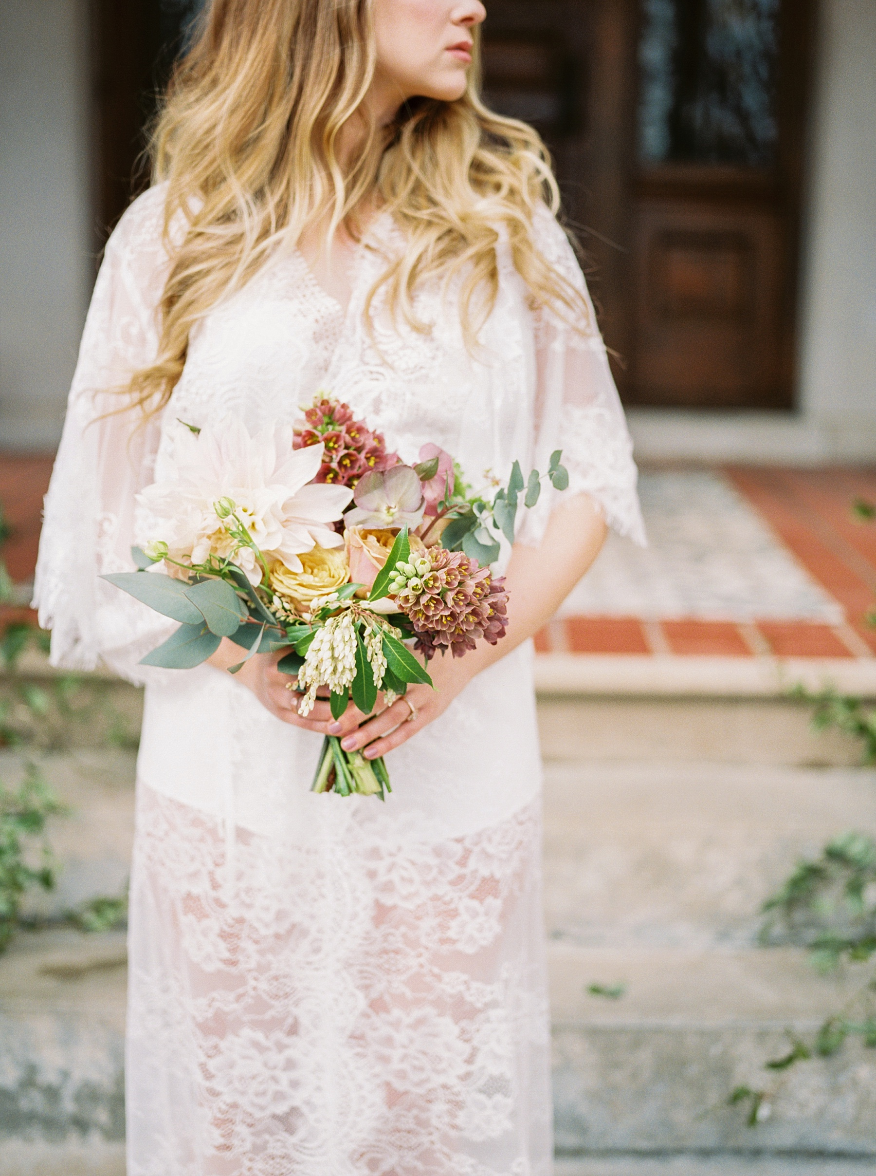 Natural, Intimate, and Organic Bridal Session on Steps of Century Old Bed and Breakfast by Kelsi Kliethermes Photography Best Missouri and Maui Wedding Photographer_0012.jpg