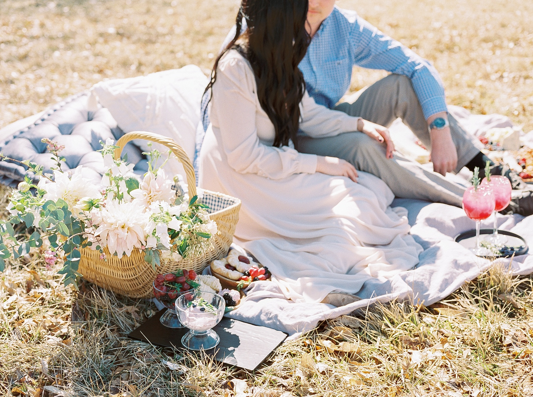 Late Fall Farm-to-table Inspired Brunch Picnic Engagement Session During Wedding Weekend by Kelsi Kliethermes Photography Best Missouri and Maui Wedding Photographer_0003.jpg