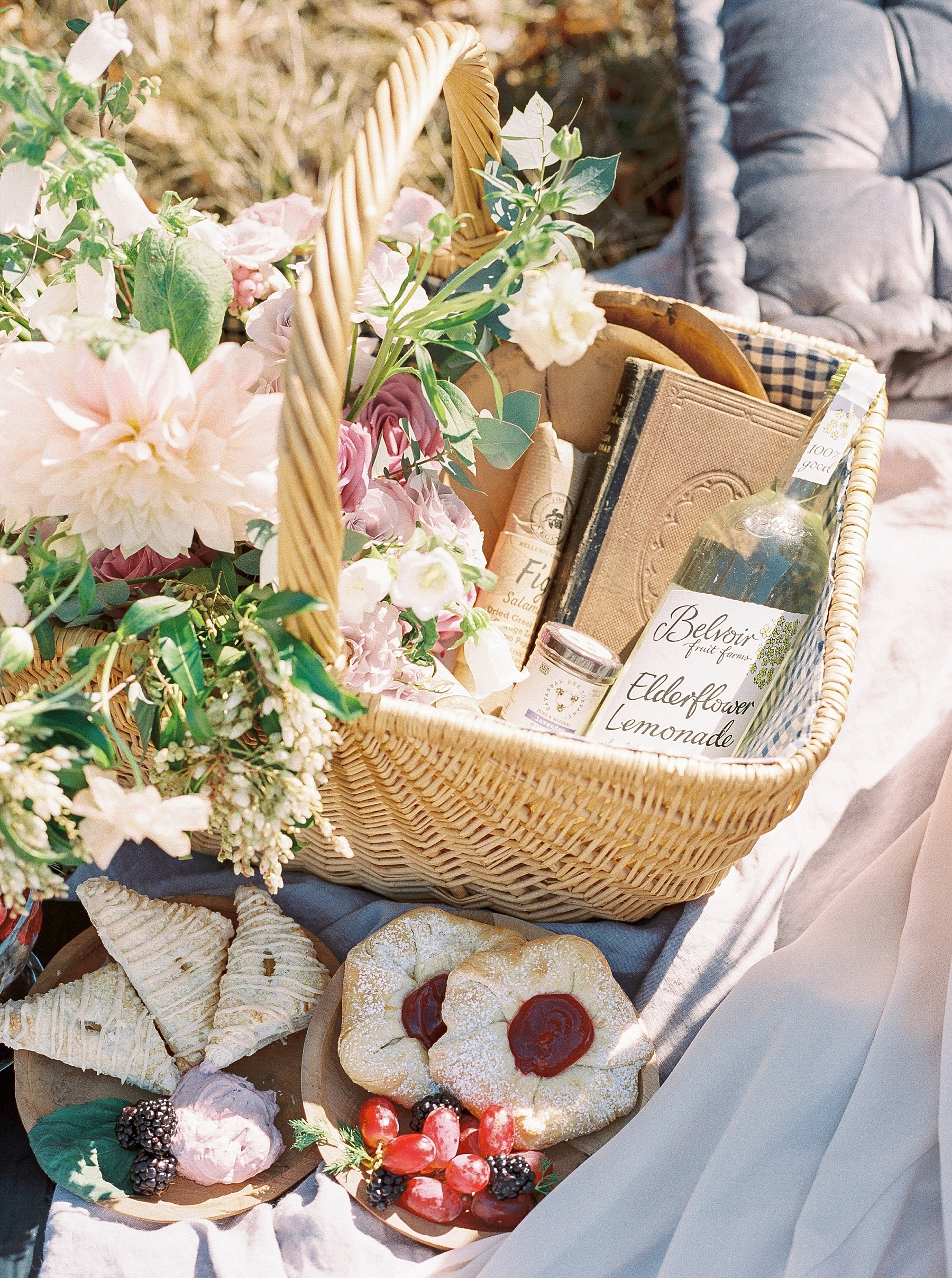 Late Fall Farm-to-table Inspired Brunch Picnic Engagement Session During Wedding Weekend by Kelsi Kliethermes Photography Best Missouri and Maui Wedding Photographer_0022.jpg