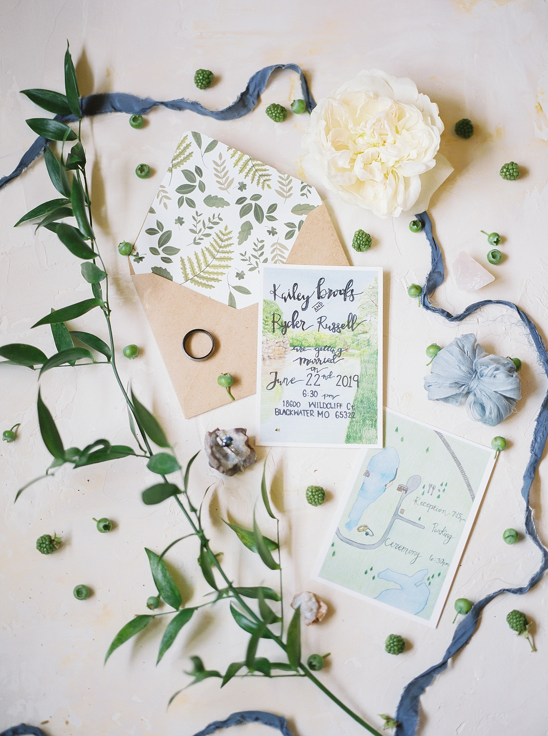 Intimate Mountain Hues Inspired Summer Wedding at Wildcliff Weddings and Events by Kelsi Kliethermes Photography Best Missouri and Maui Wedding Photographer_0055.jpg