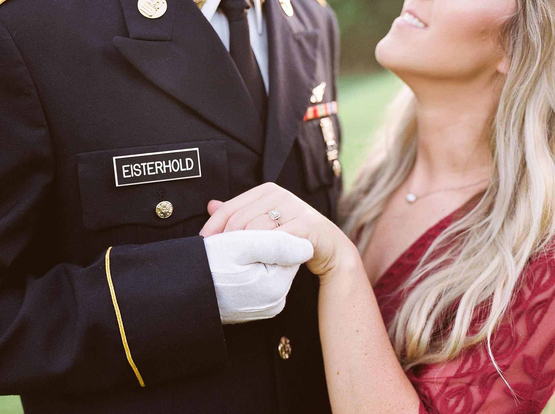 Golden Hour Summer Engagement Session at Lakeside Valley and Vineyards at Kempkers Back 40 by Kelsi Kliethermes Photography Best Missouri and Maui Wedding Photographer_0003.jpg