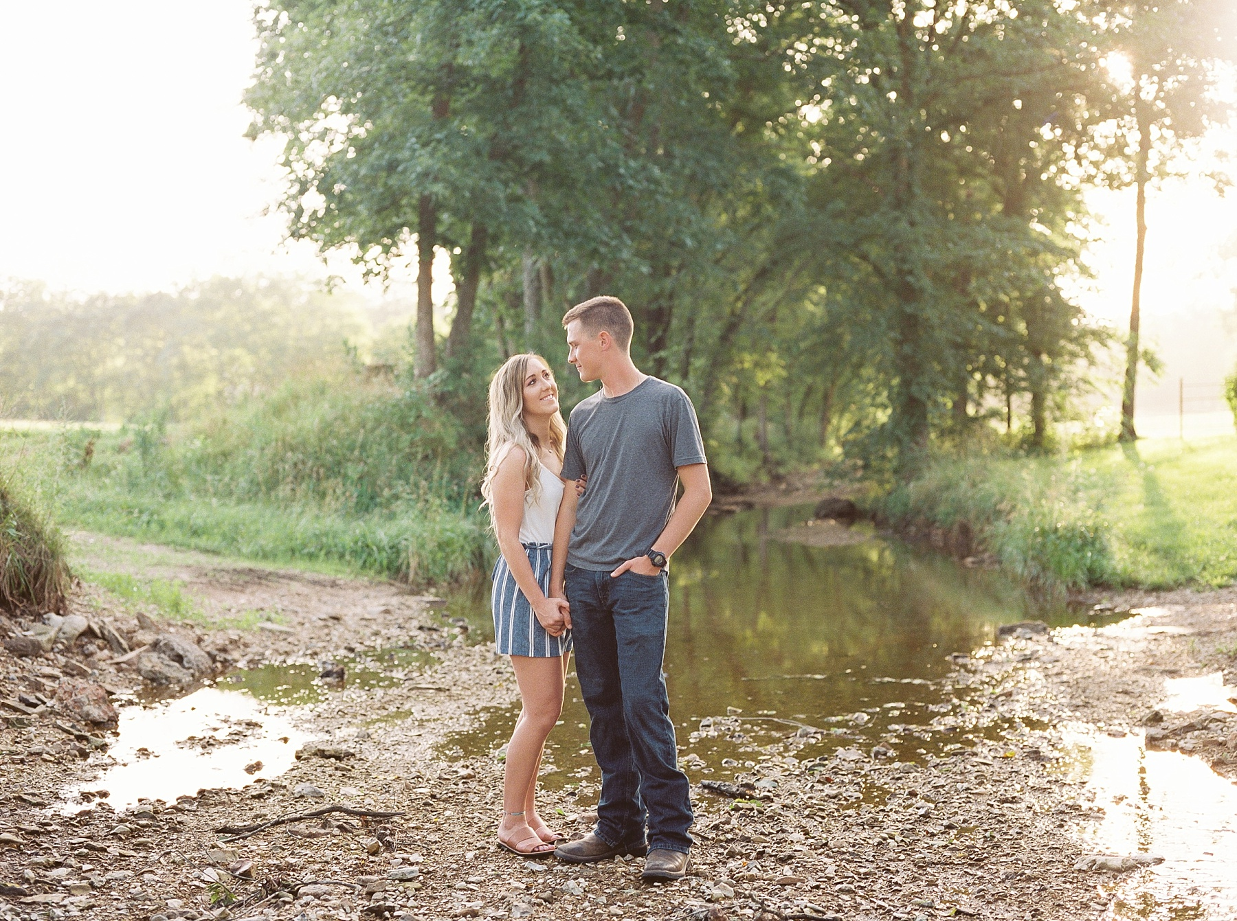 Golden Hour Summer Engagement Session at Lakeside Valley and Vineyards at Kempkers Back 40 by Kelsi Kliethermes Photography Best Missouri and Maui Wedding Photographer_0006.jpg