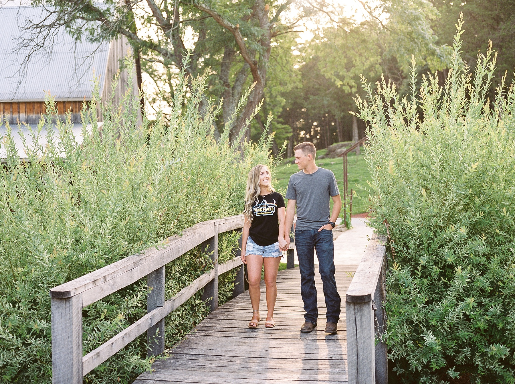 Golden Hour Summer Engagement Session at Lakeside Valley and Vineyards at Kempkers Back 40 by Kelsi Kliethermes Photography Best Missouri and Maui Wedding Photographer_0008.jpg