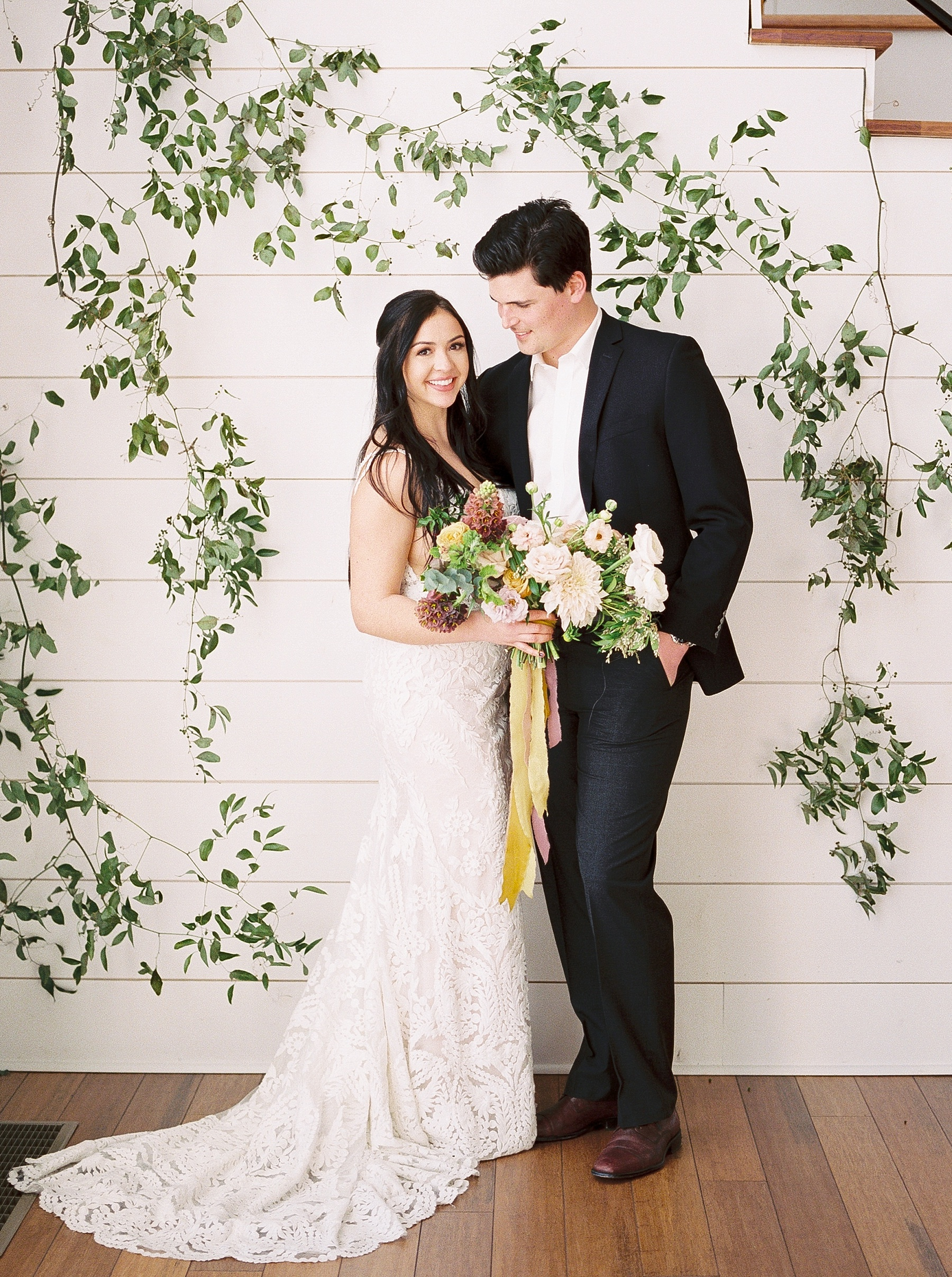 Lakeside Sunset Wedding with Magnificent Abundance of Blooms at Emerson Fields by Kelsi Kliethermes Photography Best Missouri and Maui Wedding Photographer_0040.jpg